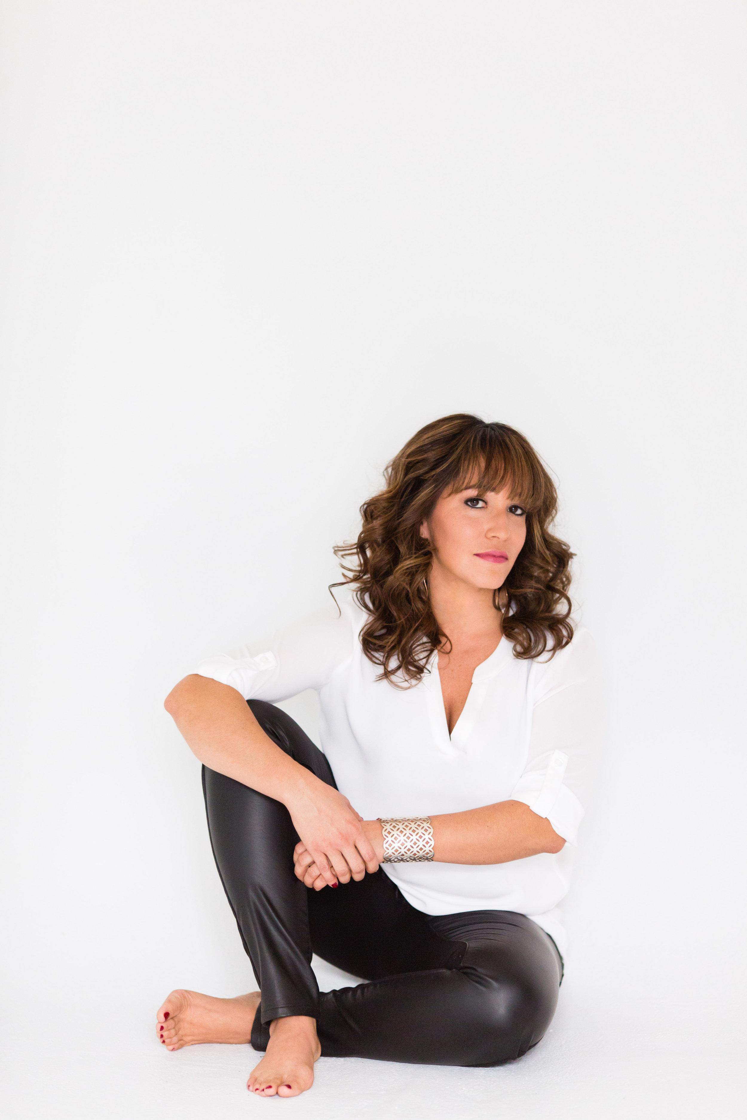Cyndi Barbara Torres Portrait 15.jpg