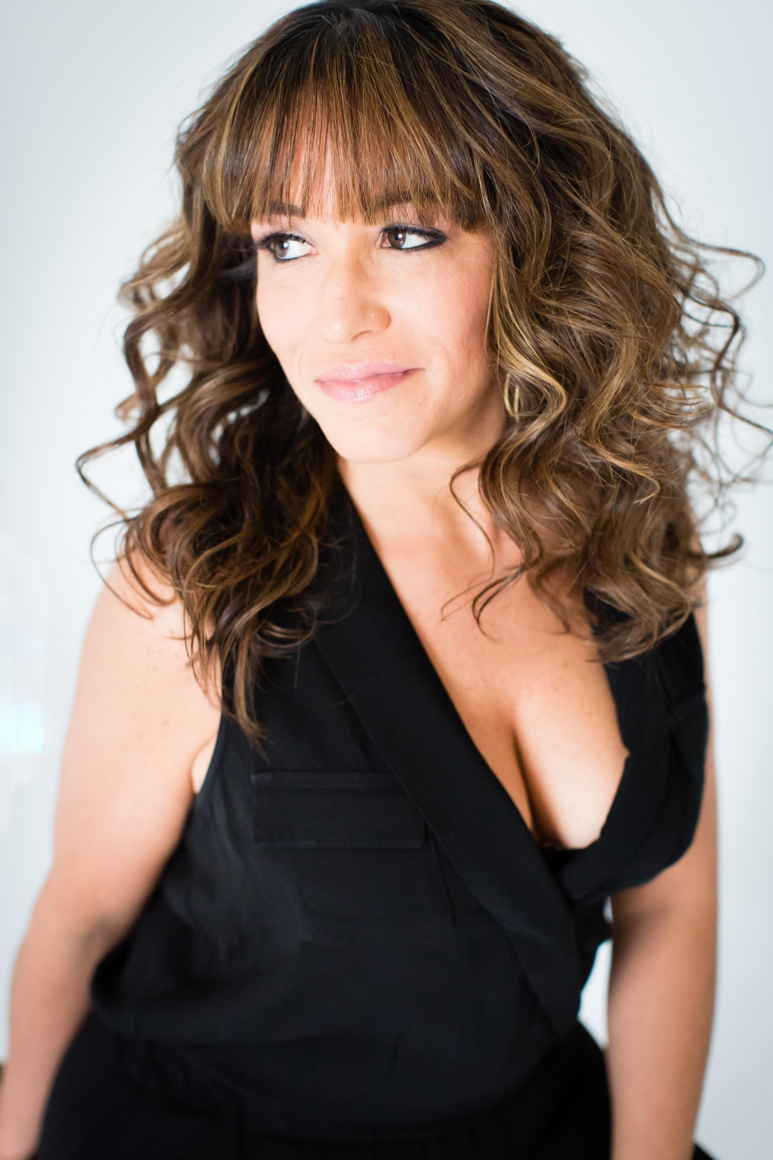 Cyndi Barbara Torres Portrait 12.jpg