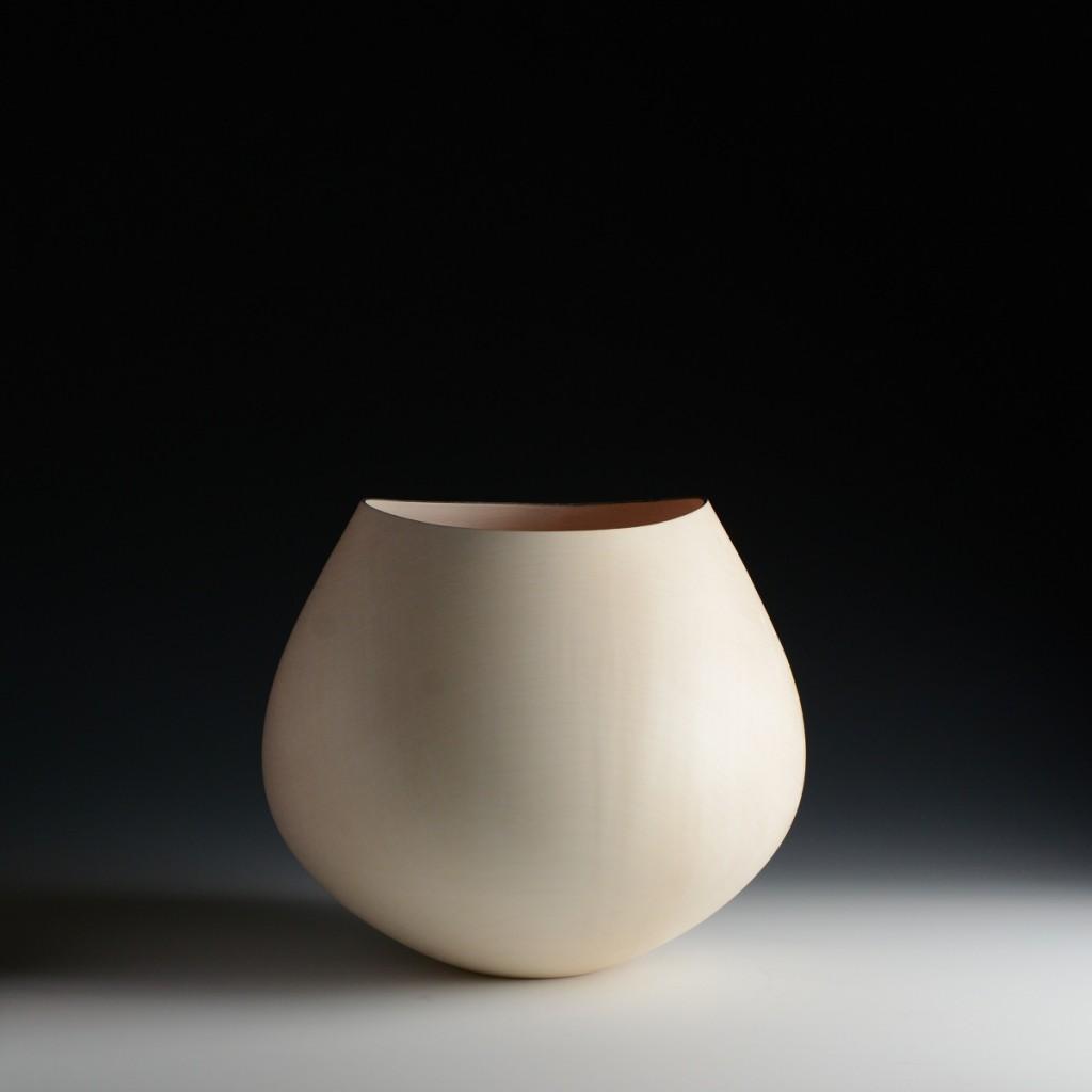 Liam Flynn, Sycamore Vessel 5. Sycamore, 27 x 31 cm