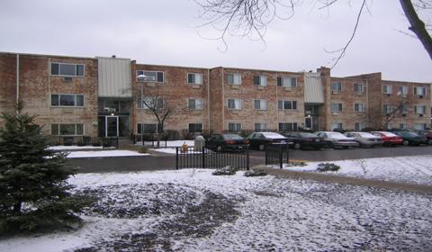 College Park Apartment Homes Addison, IL