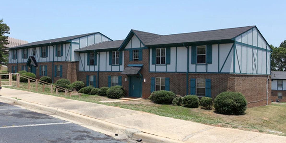 keystone-apartments-jonesboro-ga-primary-photo.jpg