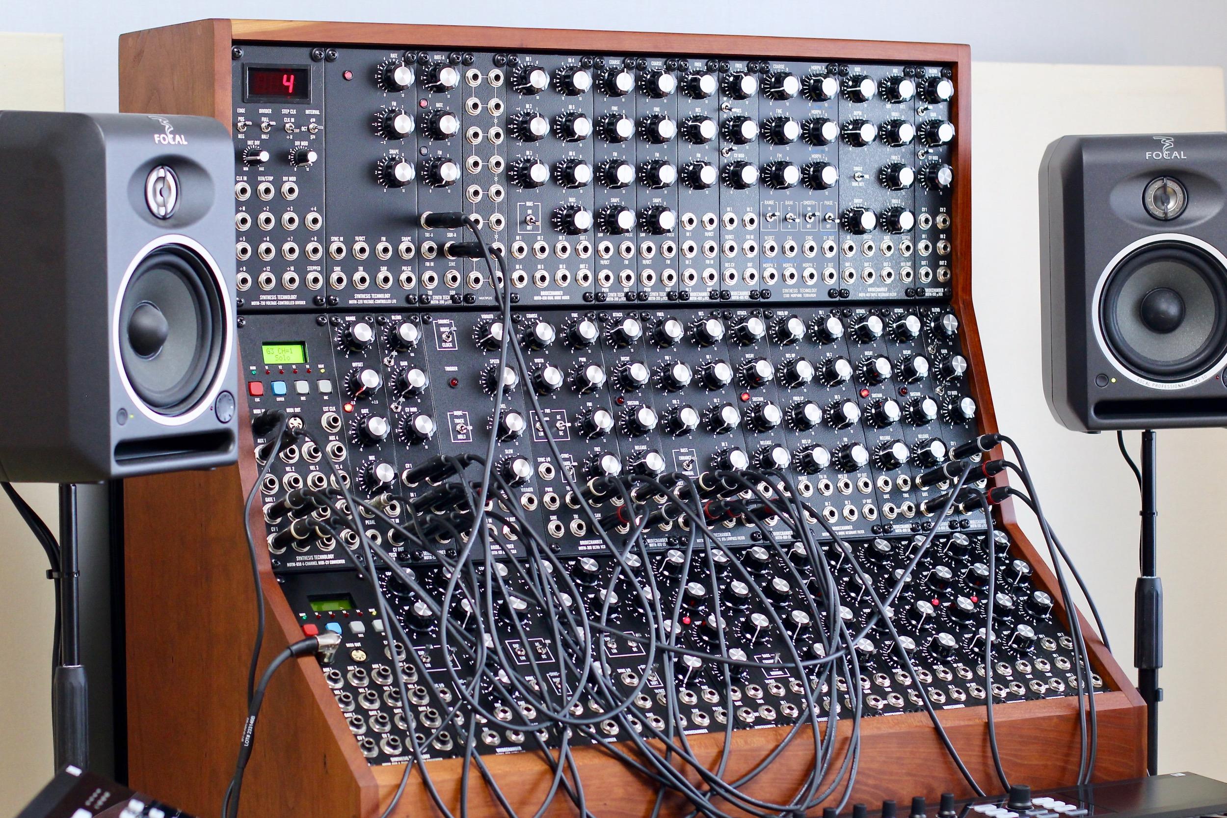 MOTM Analog Modular Synthesizer, 35-module system