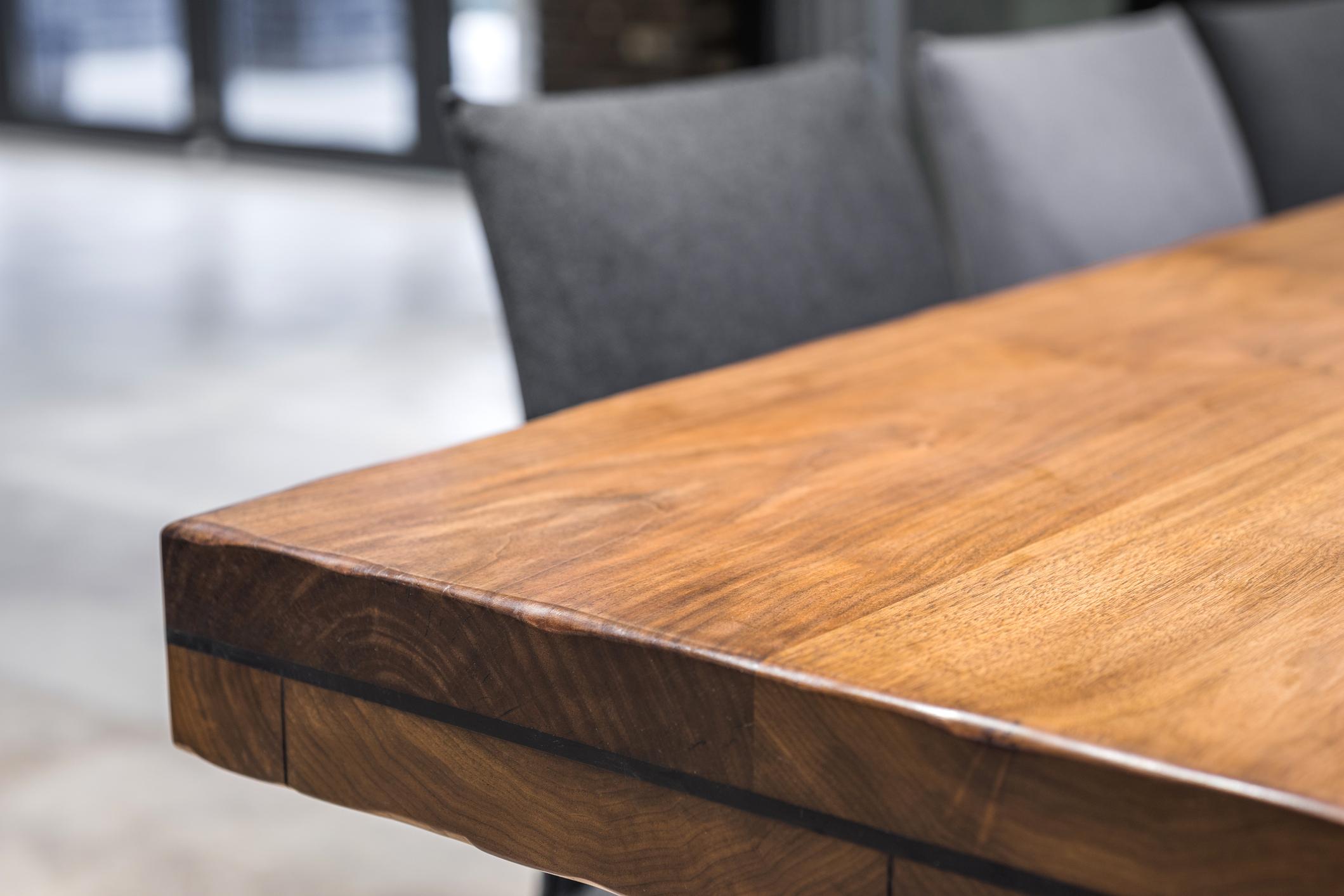 reclaimed-wood-furniture.jpg