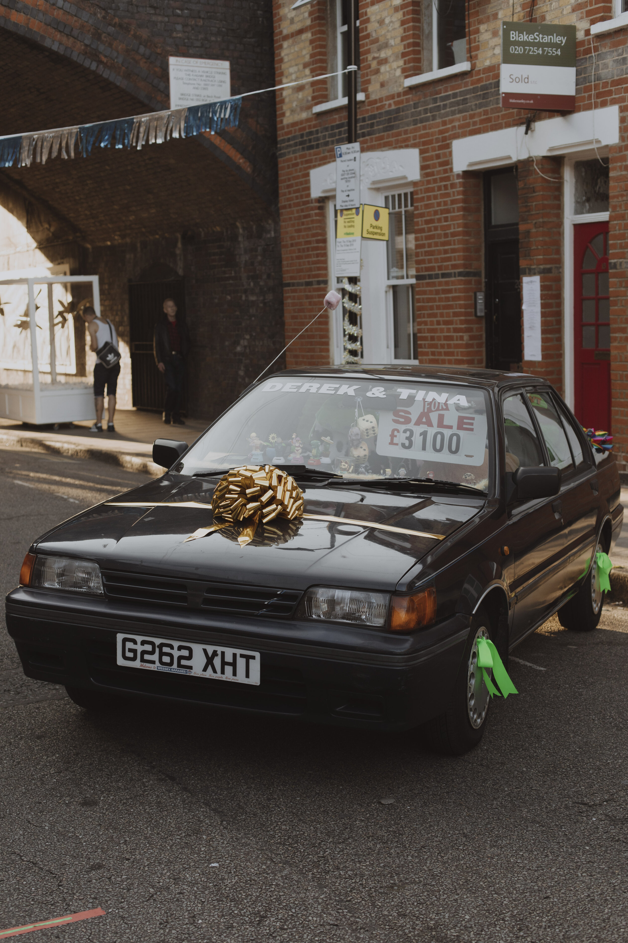 One of Eve Shillingford's Beck Road Motor's cars, Eve sold t-shirts & postcards at the Gift Shop