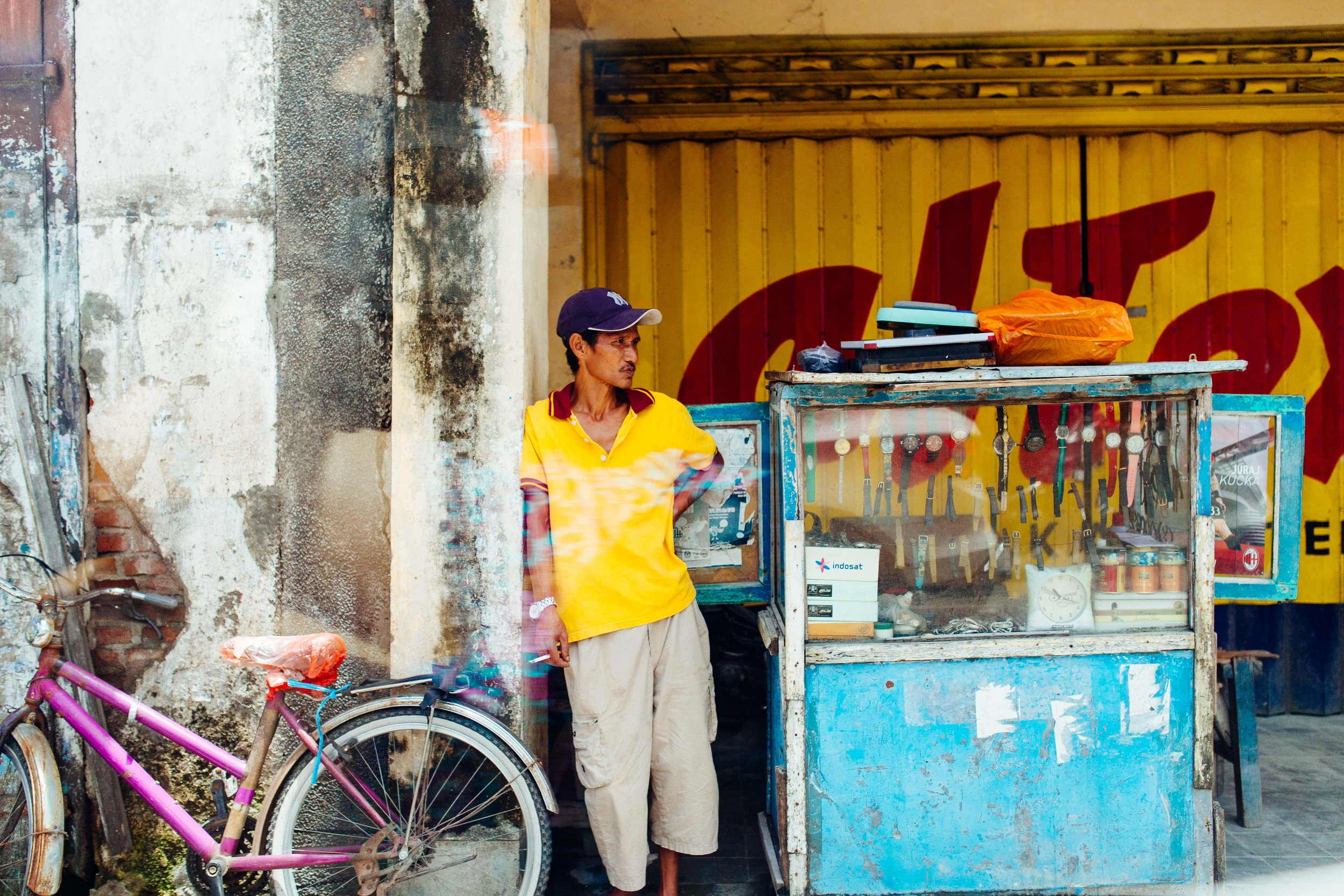 watches for sale on the way to Gili Islands