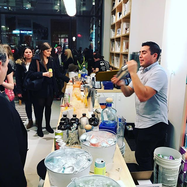 One of our pro bartenders @juliusxtla mixes it up at the @whalebonemagazine issue launch. #craftcocktails #nyccatering