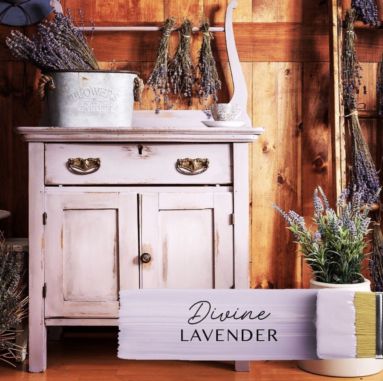 Lisa Marie Holmes Signature Collection: Divine Lavender