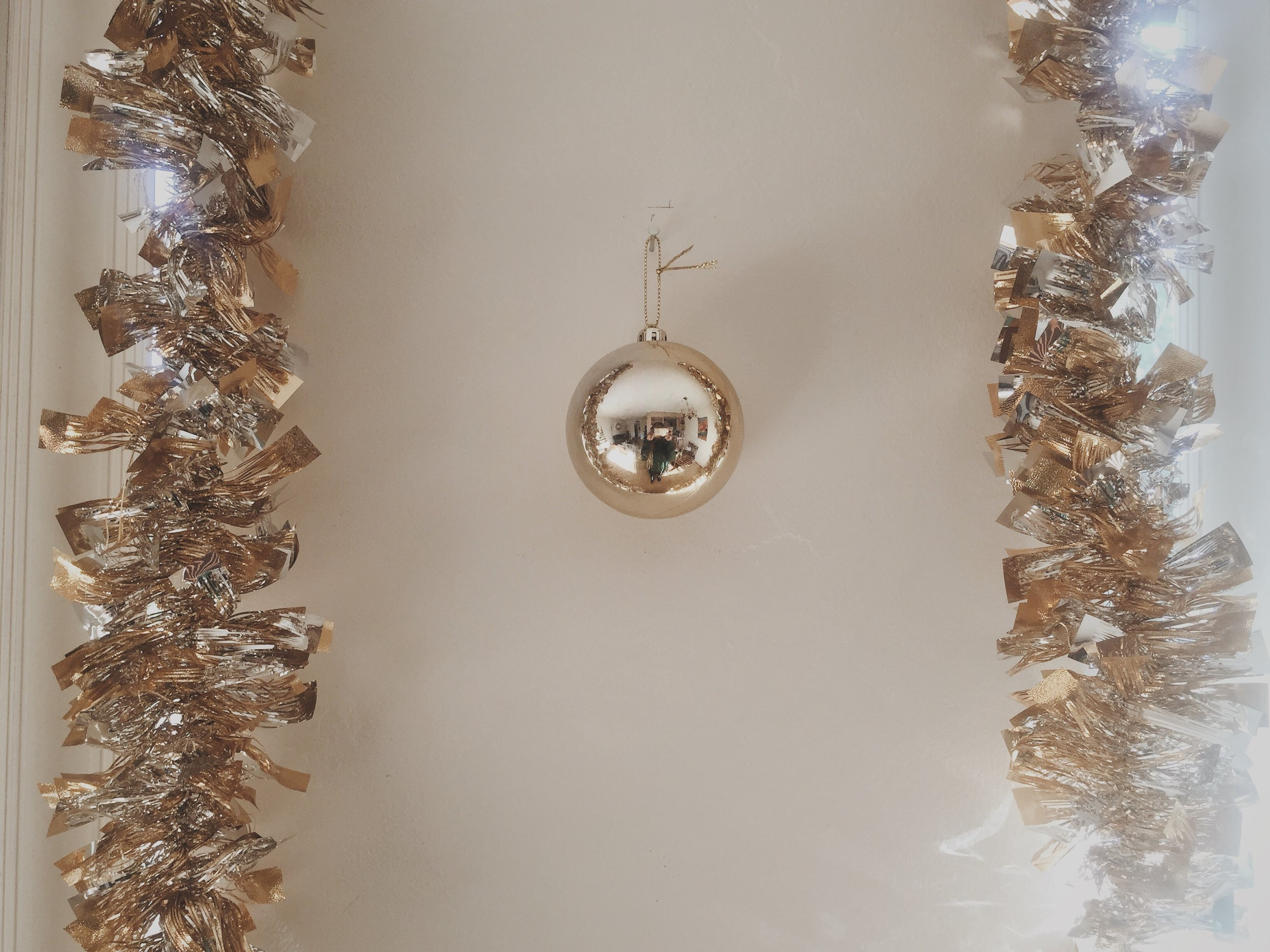ornament-garland.jpg