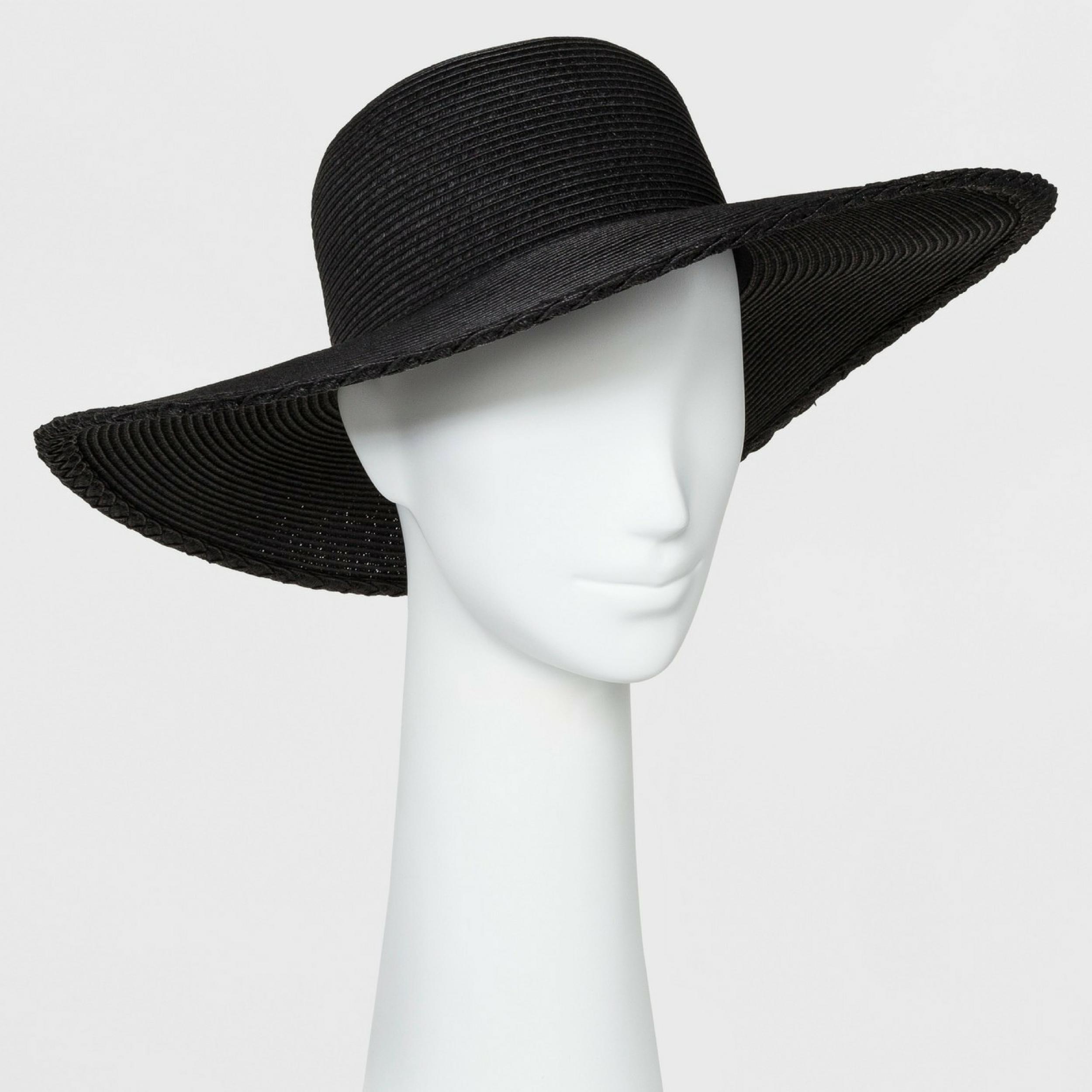 black floppy hat.png