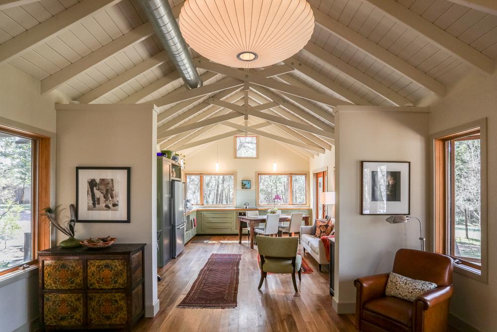 Sarah Natsumi Moore Photography Livingroom.jpg