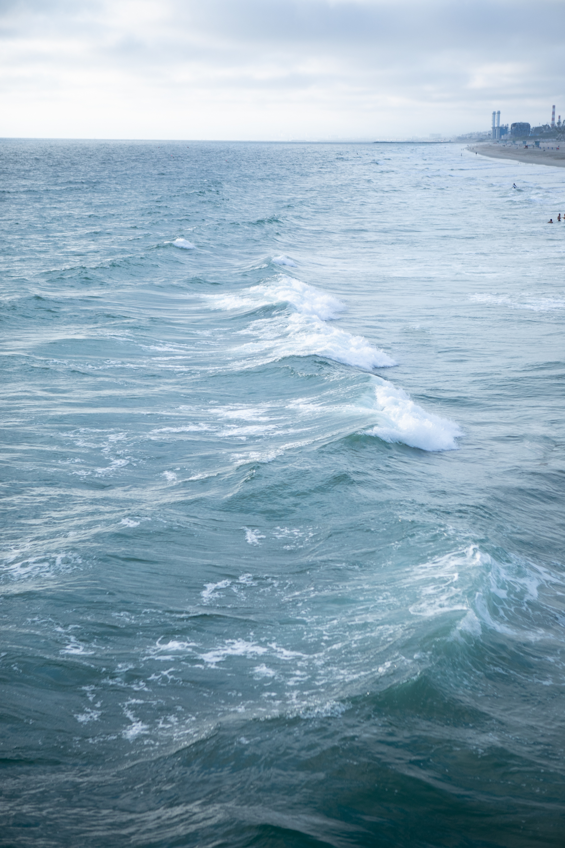 Waves in Venice Beach, Photography by Sarah Natsumi Moore
