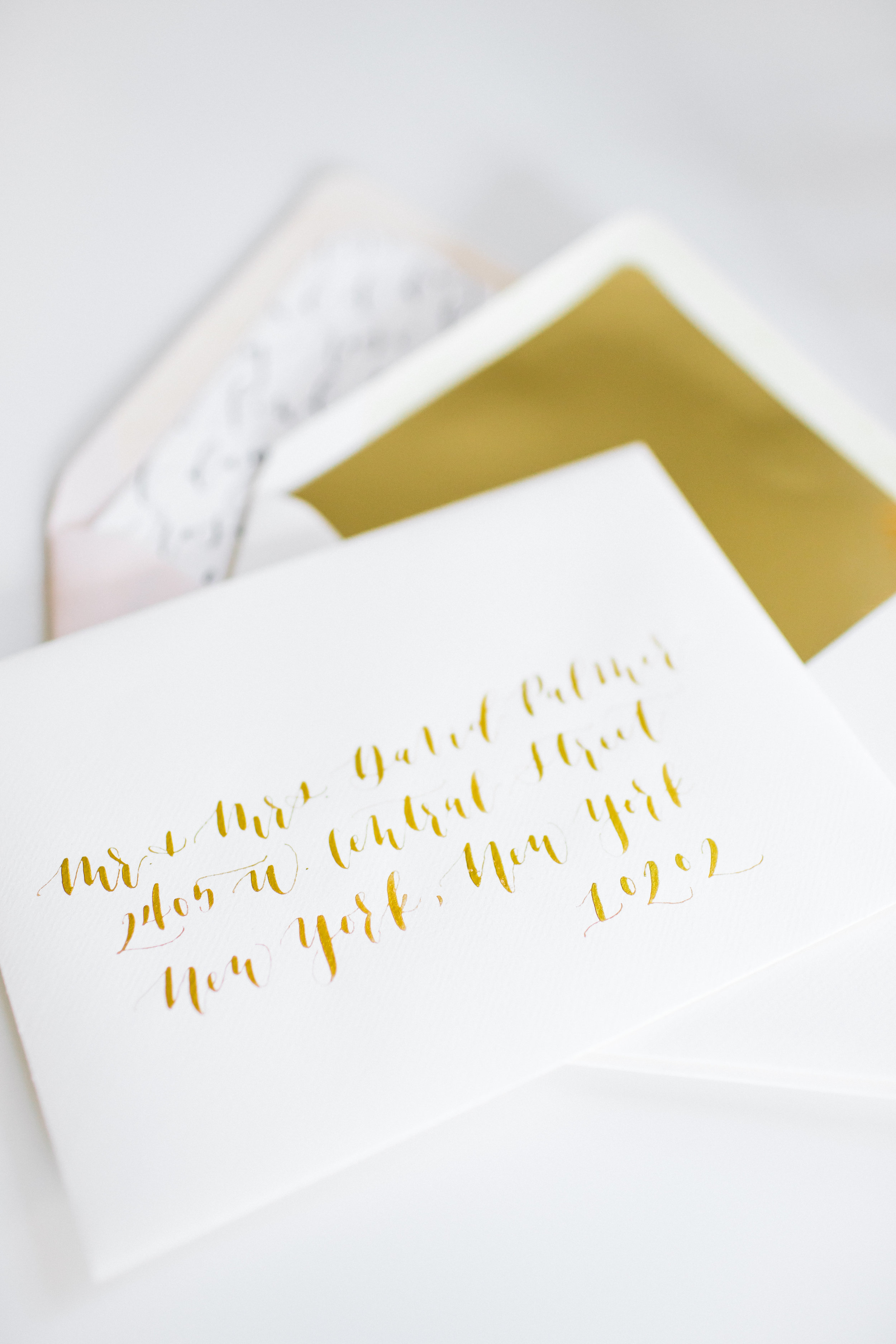 do tell calligraphy invitation design