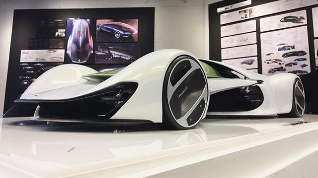Our first Directors' choice... @raleigh_haire and his McLaren concept. Juuuuuuicy. #ucid17
