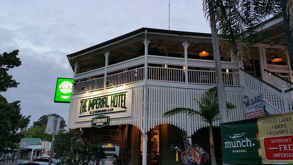 CLICK ON PICTURE ABOVE TO SEE WHAT THE IMPERIAL HOTEL OF EUMUNDI HAS TO OFFER ???