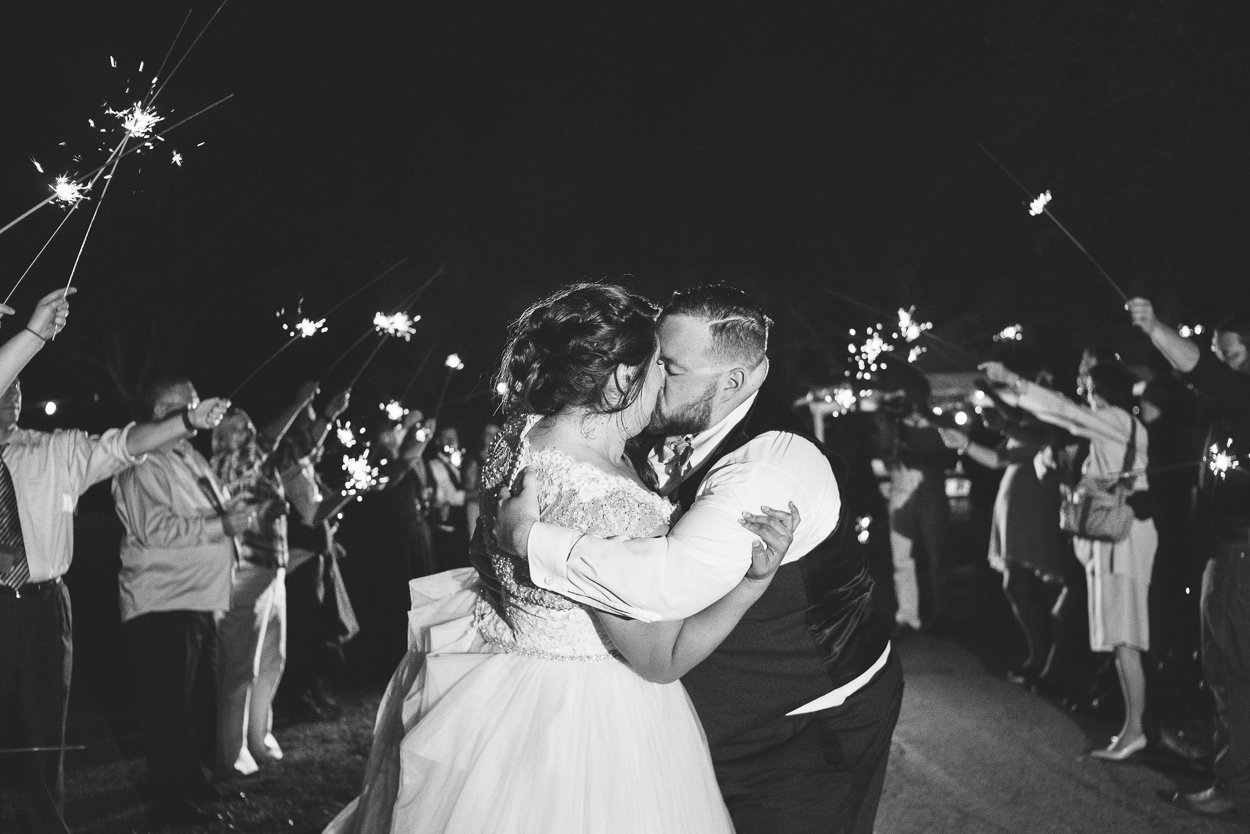 pittsburgh_wedding_photographer_liz_capuano-0210-2.jpg