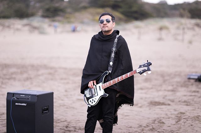 When @sidahmd takes his bass to the beach, you should expect something rad. Stay tuned! ✌🏽