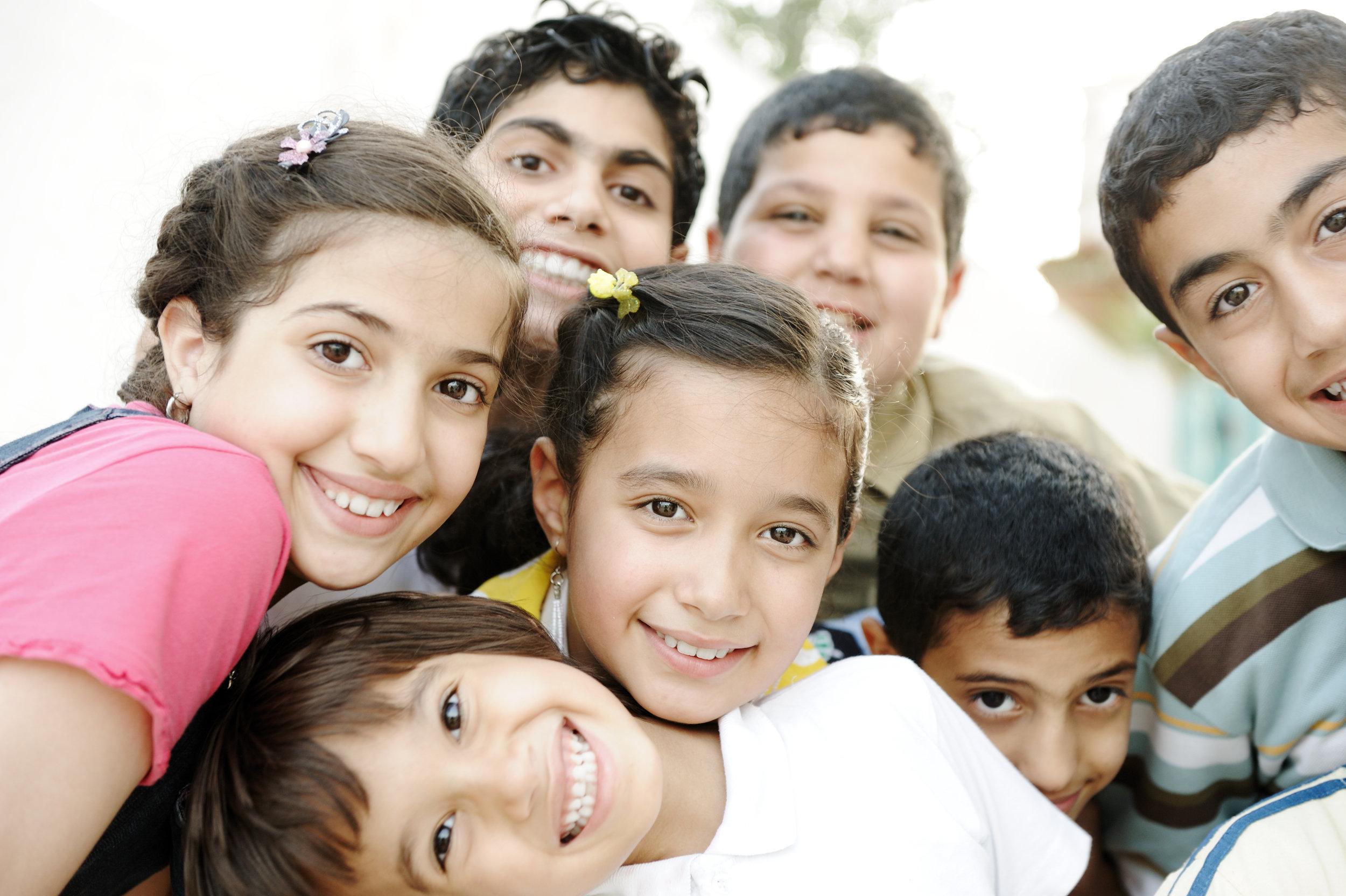group-of-happy-children_BKfeuMB6So.jpg