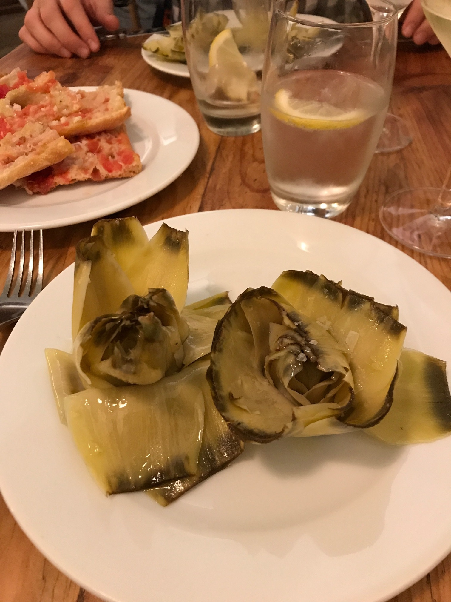 Artichokes and pan con tomate