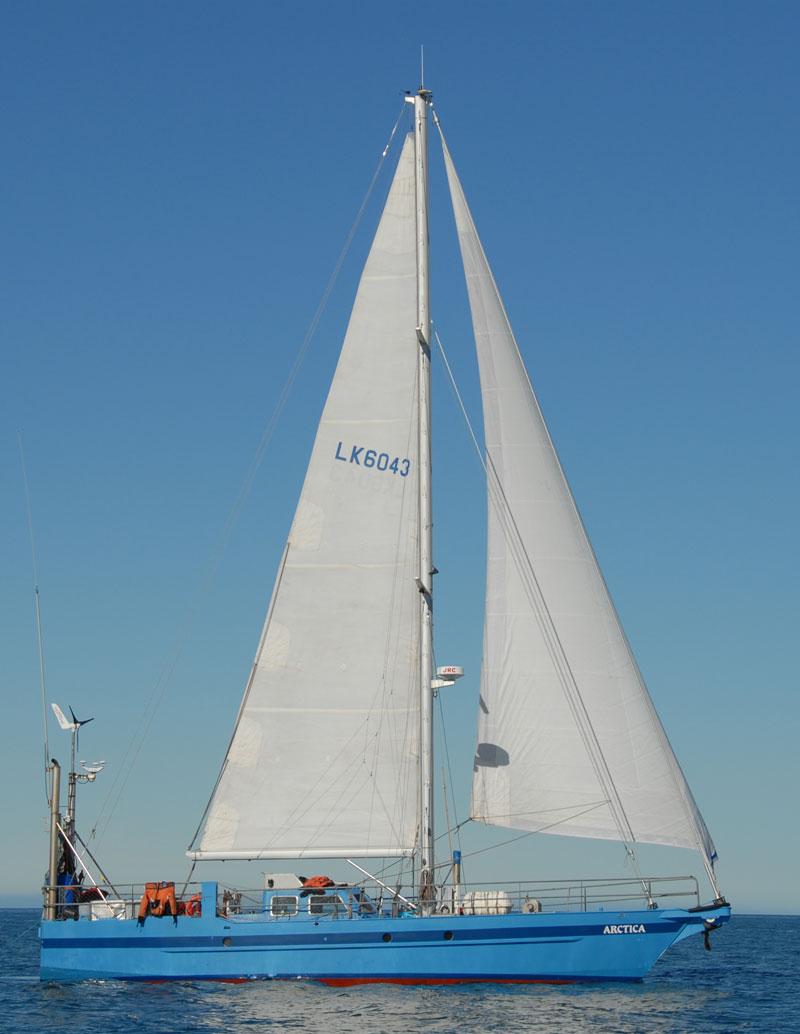Arctica_sailing_DSC_1041.jpg