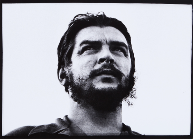 Osvalod Salas, Che Guevara, £400-£800