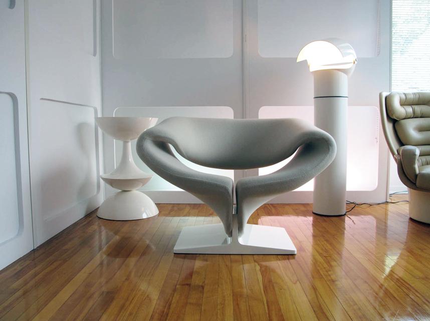 Ribbon-Chair-Pierre-Paulin-1966.jpg