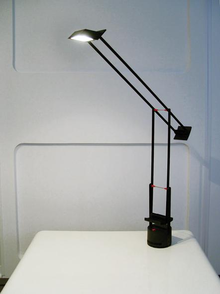 Tizio-Lamp-final.jpg