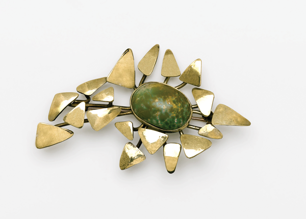 autumn-leaves-brooch-1974-gold+jade.png
