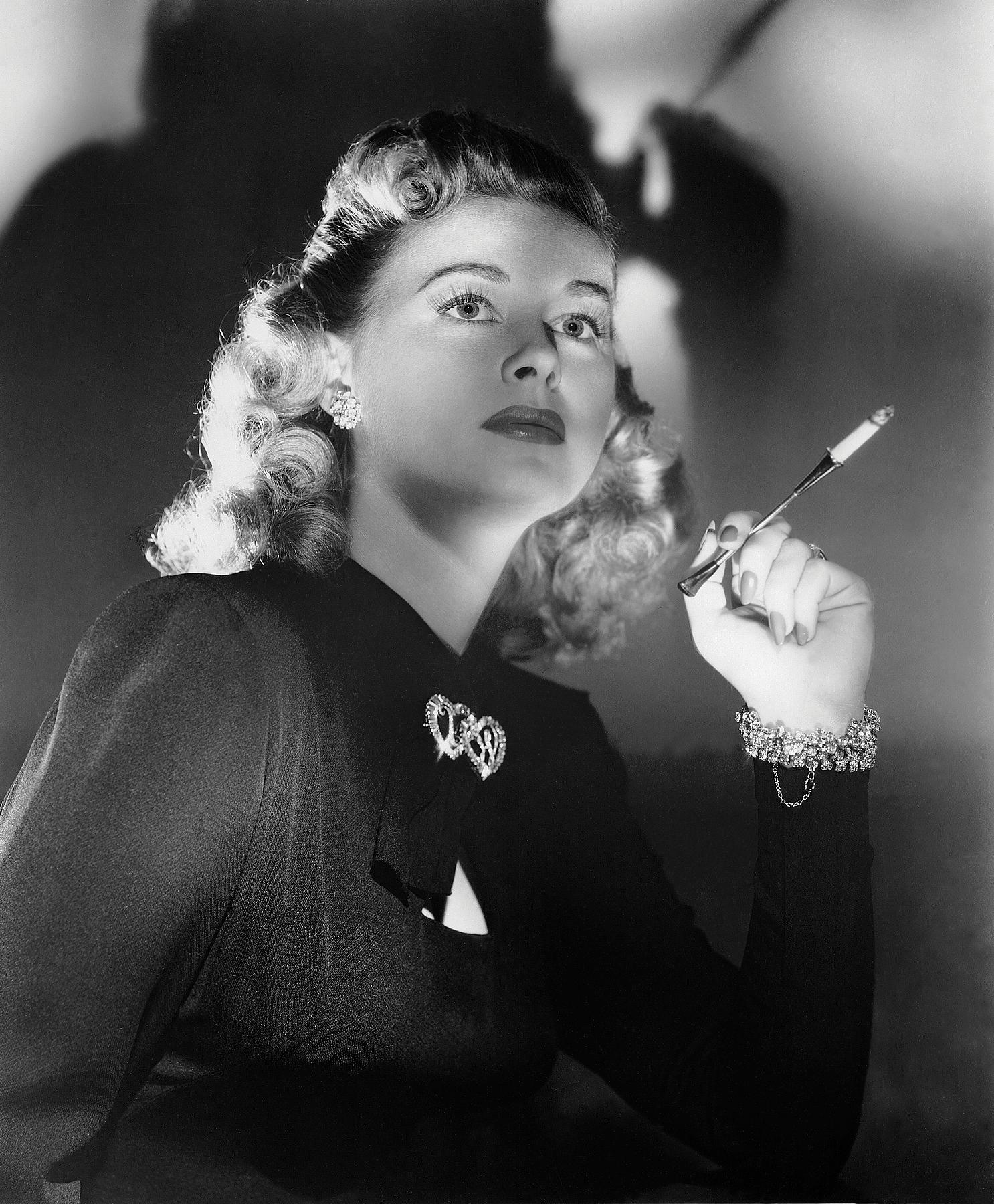 Film-Helen_Walker_in_Impact_1949-(publicity_still).png