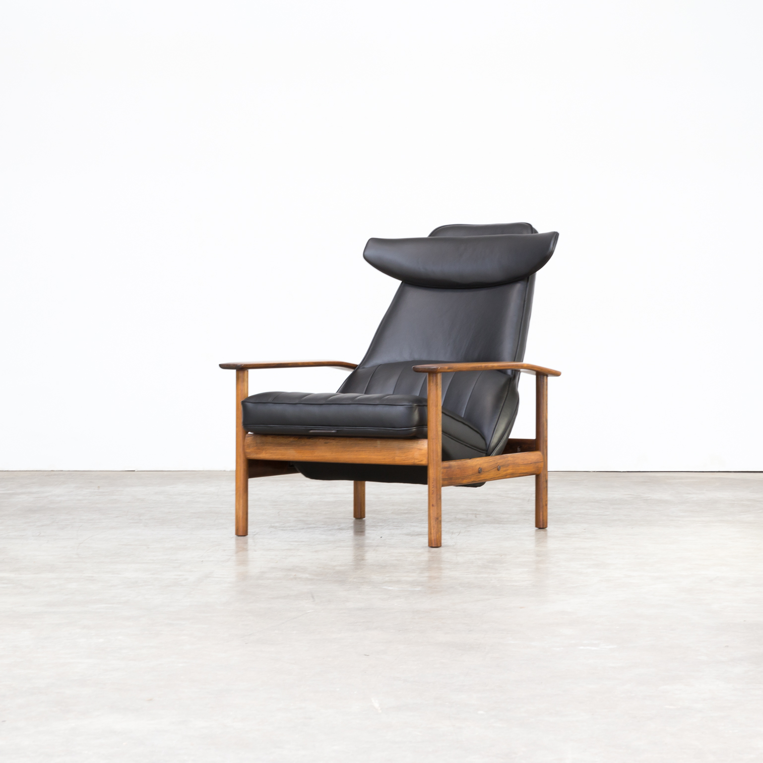 0503108ZF-sven-ivar-dysthe-dokka-mobler-norway-lounge-fauteuil-chairs-relax-restored-upholstered-restaurated-pirelli-vintage-retro-design-barbmama-1-van-15.jpg