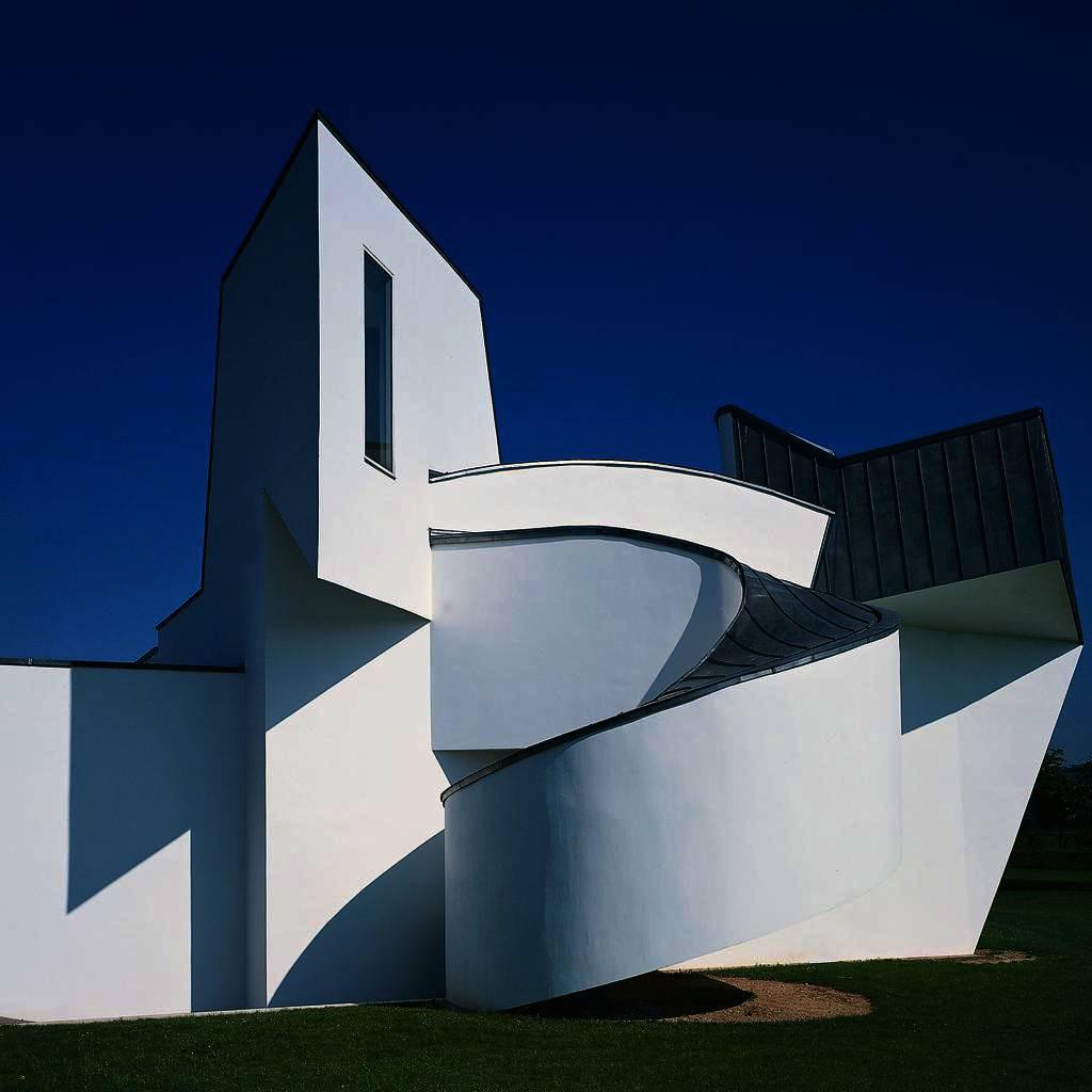 csm_02_Vitra_Design_Museum_Frank_Gehry_1989.crop1024x1024_b0939ccc26.jpg
