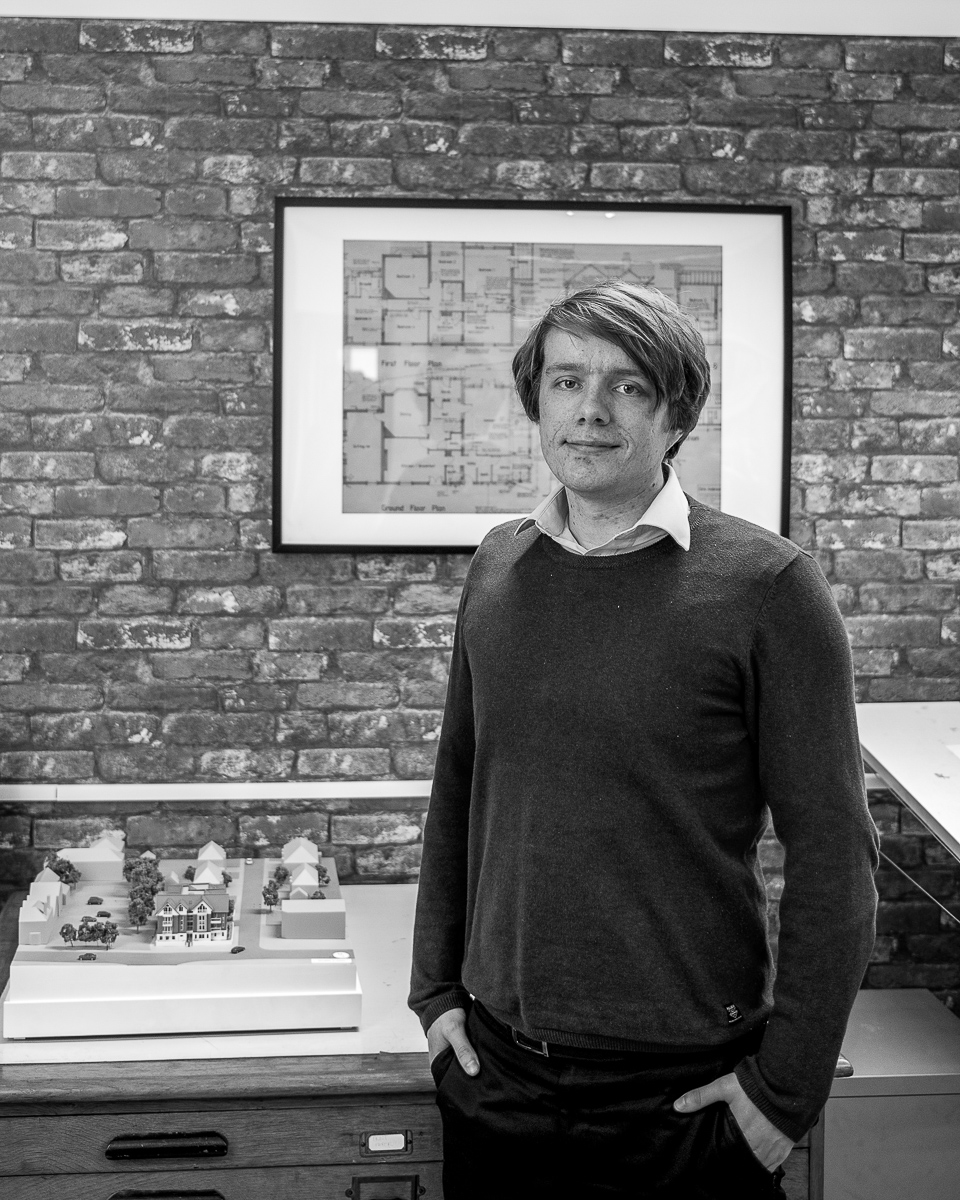 OLIVER HOWARD - BA(Hons) ArchitecturePart I Architectural Assistant