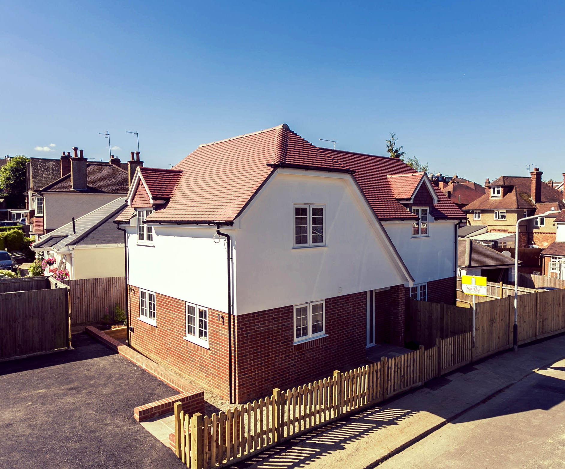 3 Bedroom property in Doric Avenue, Southborough.