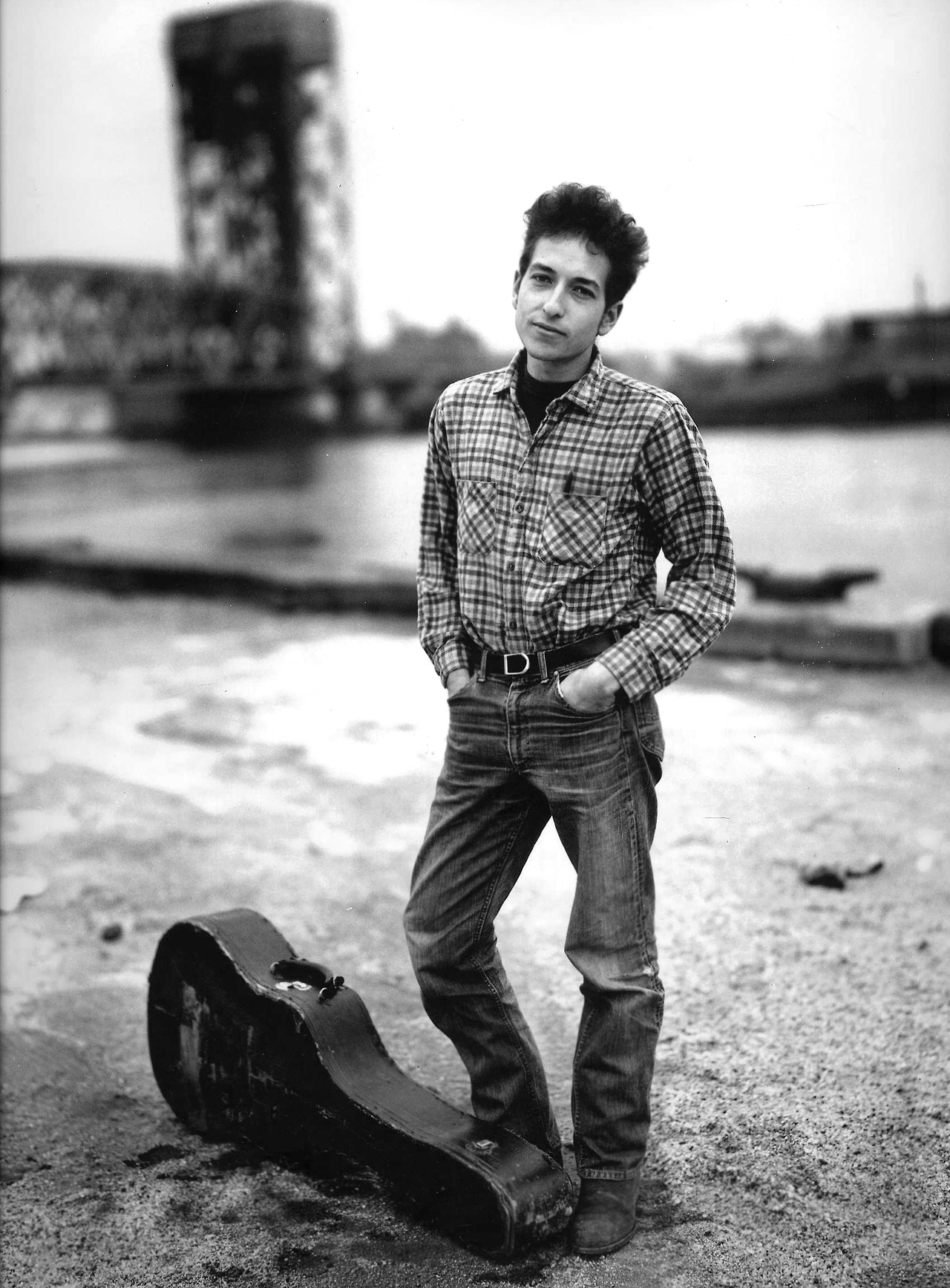Fig. 1. Richard Avedon, Bob Dylan, New York, 1965
