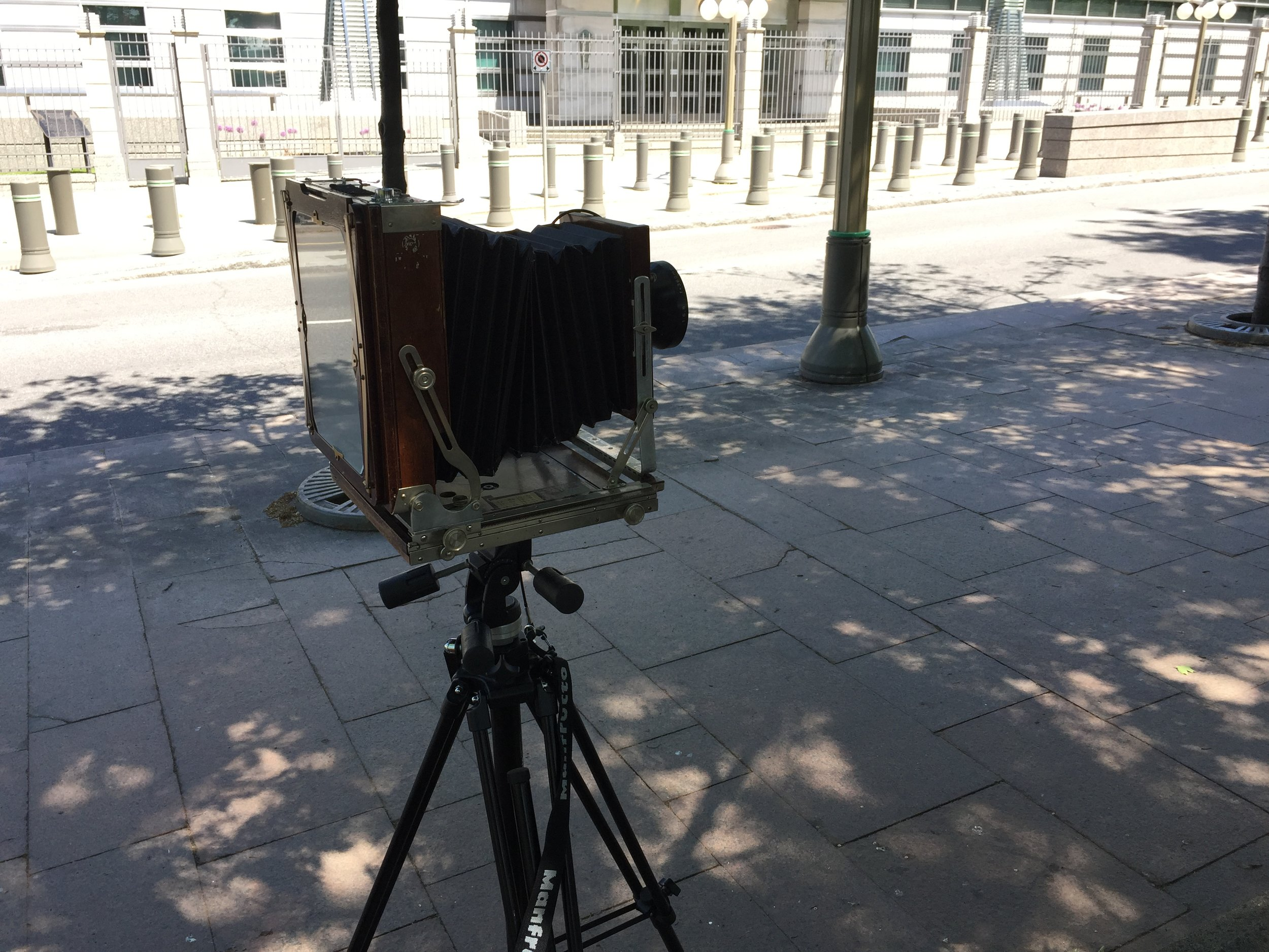 Figure 3: 8x10 Camera Setup (Source: Machinski, 2018).