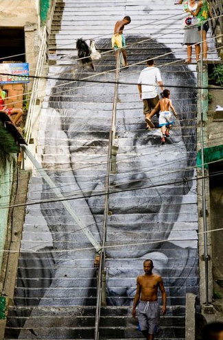 Figure 1: JR 28 Millimeters, Women Are Heroes, Rio de Janeiro, Brésil, (Source: JR, 2008).