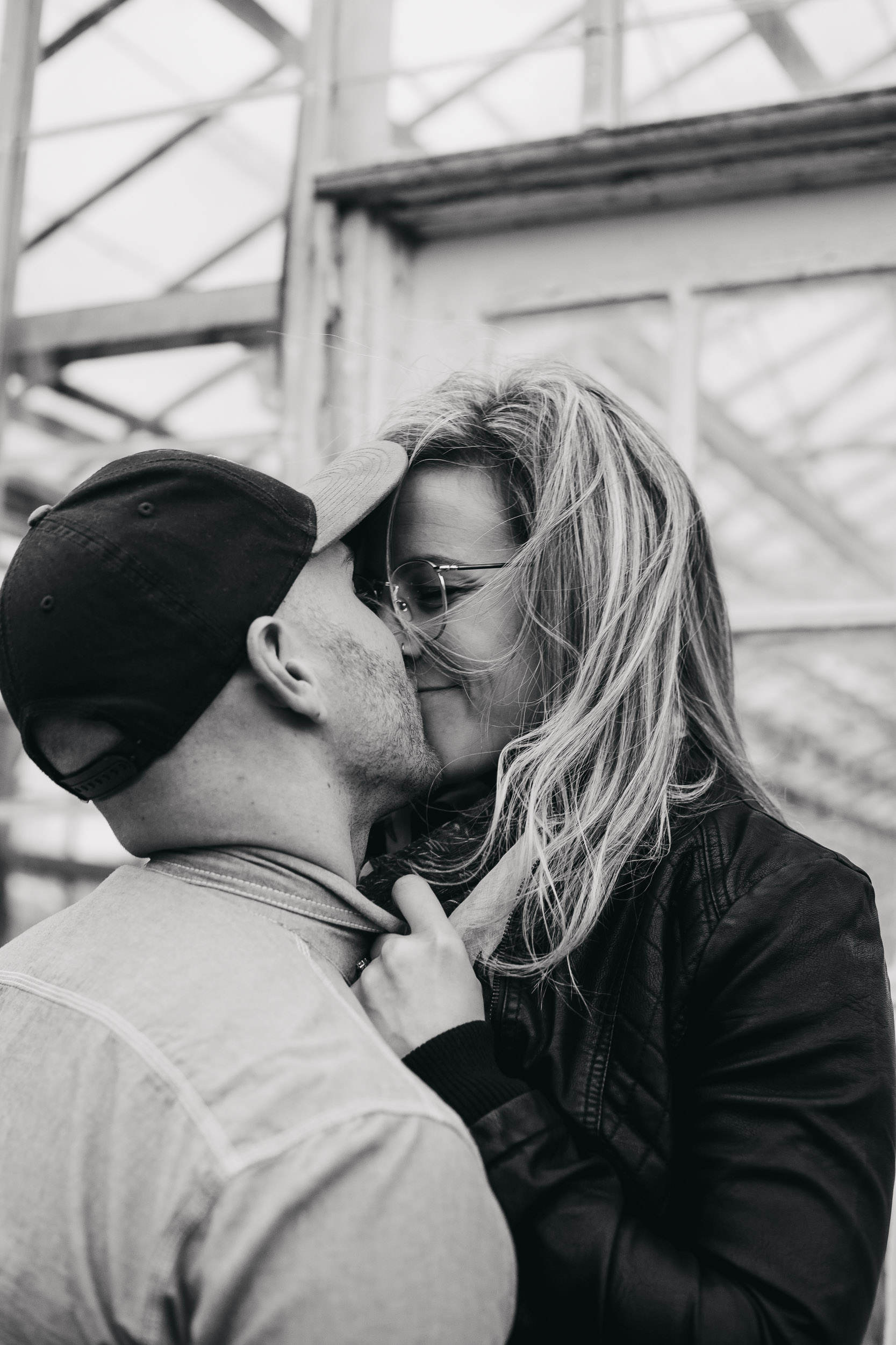 Ottawa-Elopement-Engagement-Photographer-7682.jpg