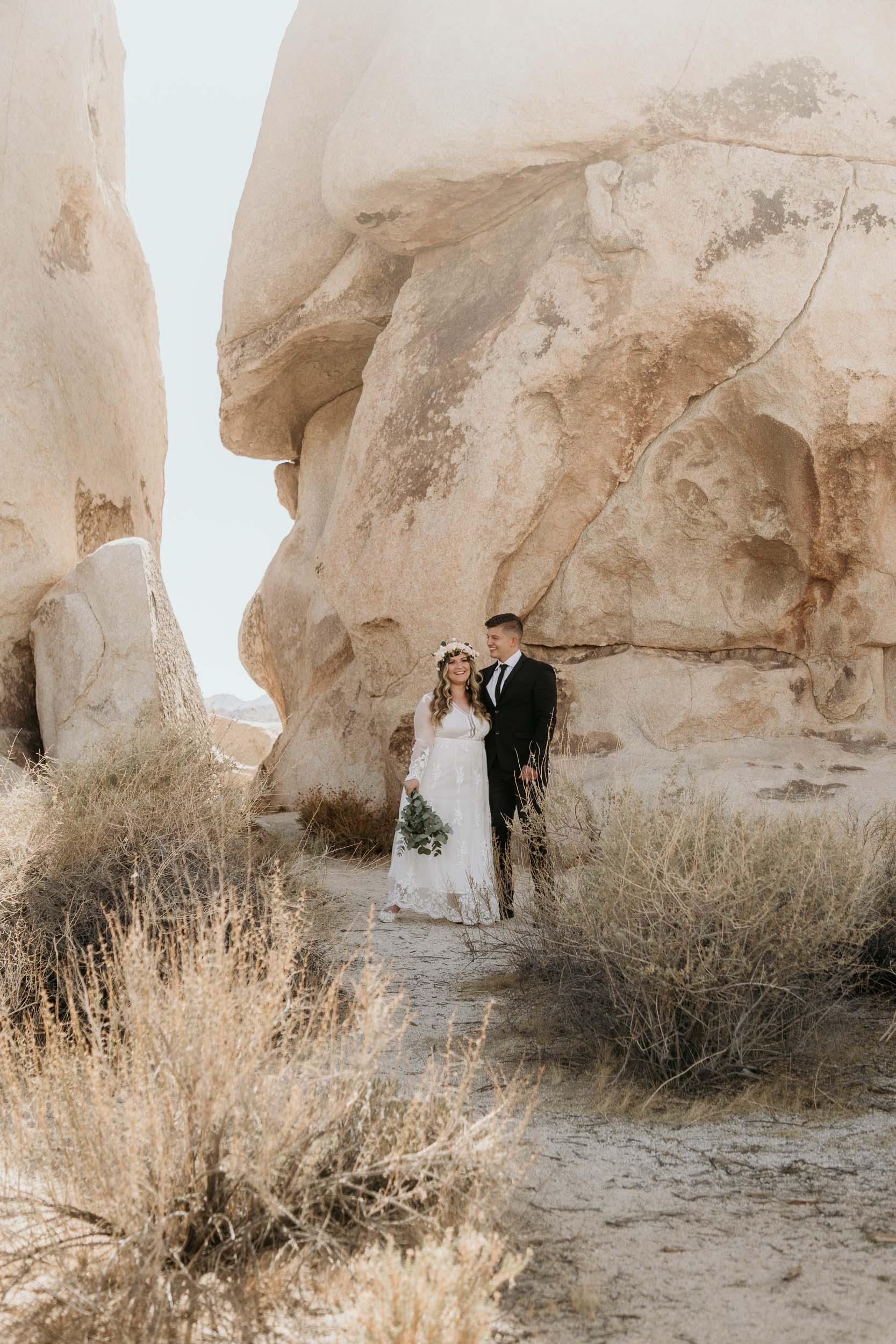 intimate-wedding-elopement-photographer-ottawa-joshua-tree-0002.jpg