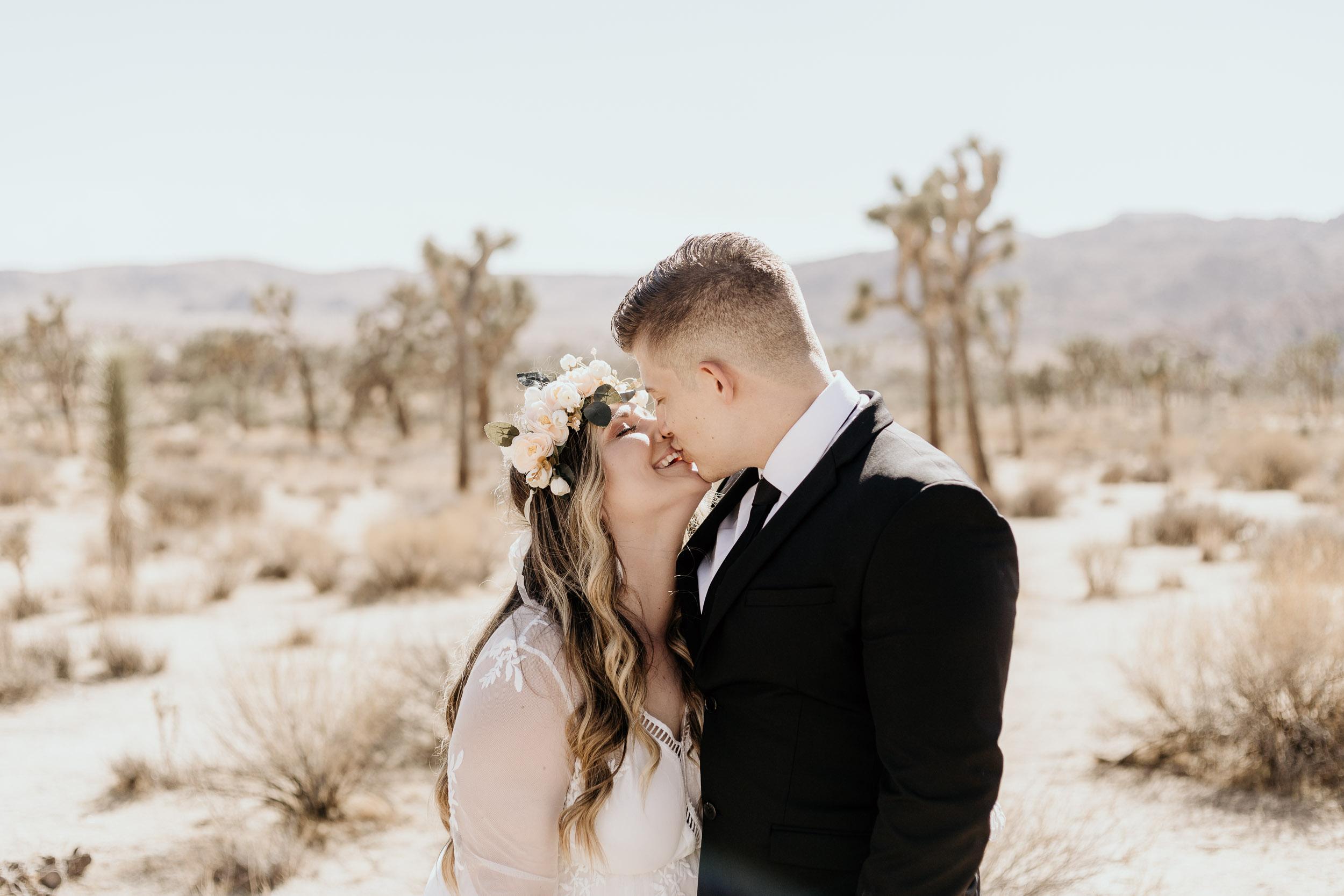 intimate-wedding-elopement-photographer-ottawa-joshua-tree-0181.jpg