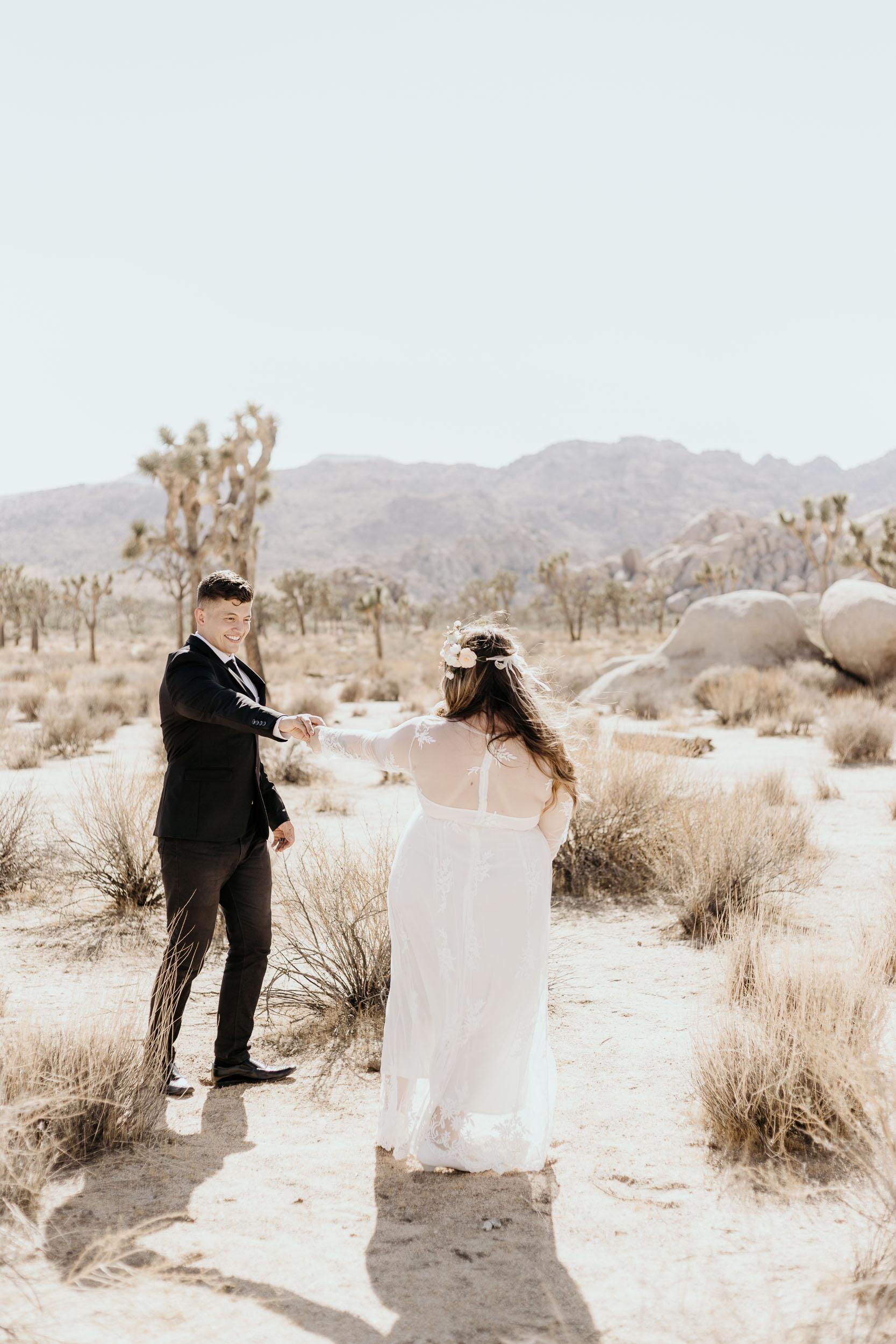 intimate-wedding-elopement-photographer-ottawa-joshua-tree-0269.jpg