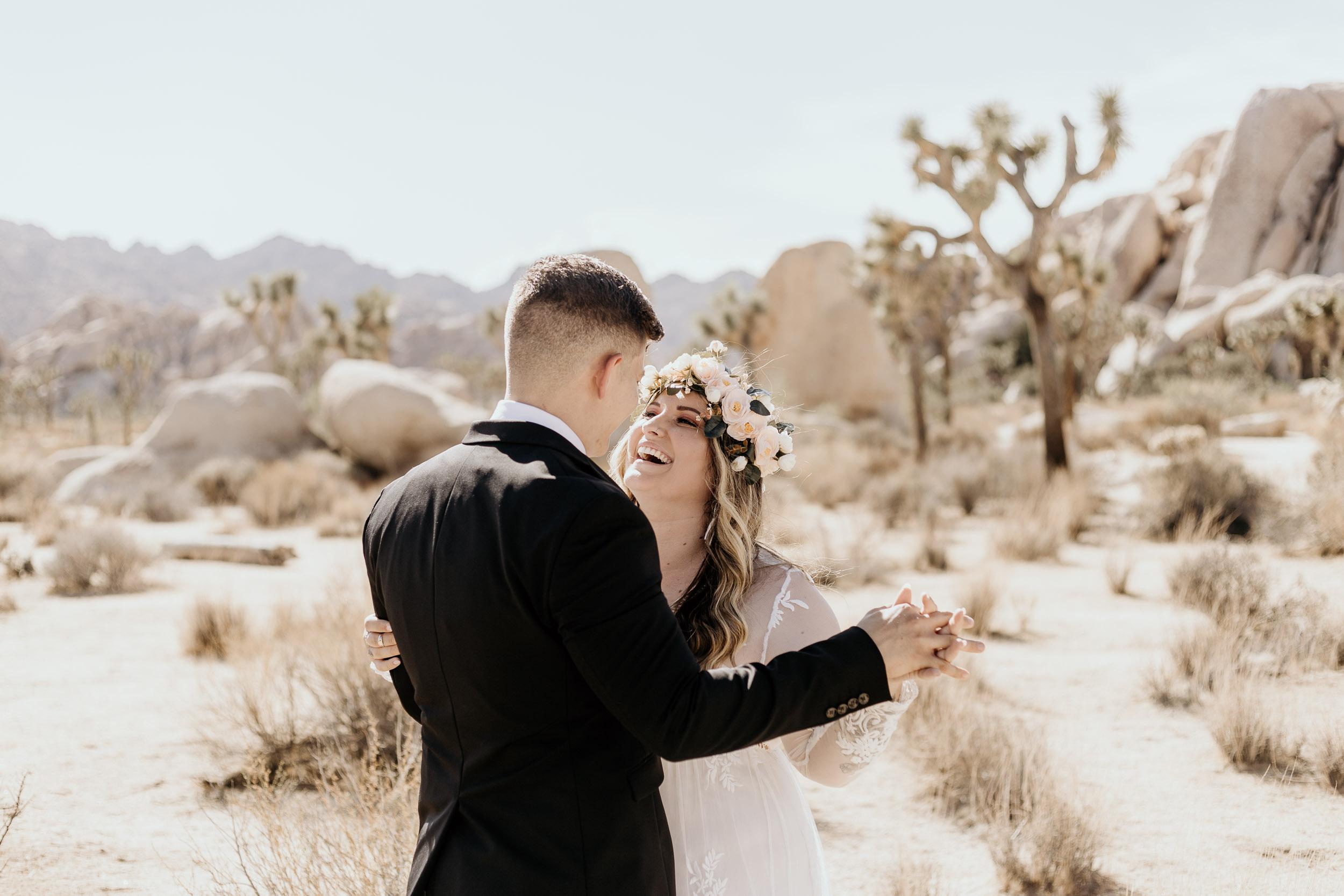 intimate-wedding-elopement-photographer-ottawa-joshua-tree-0300.jpg