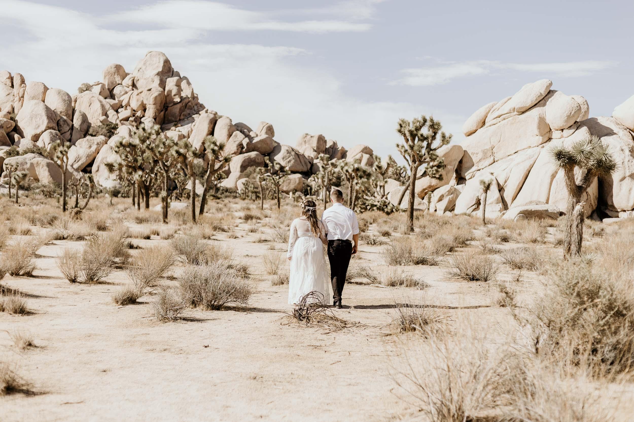 intimate-wedding-elopement-photographer-ottawa-joshua-tree-0395.jpg
