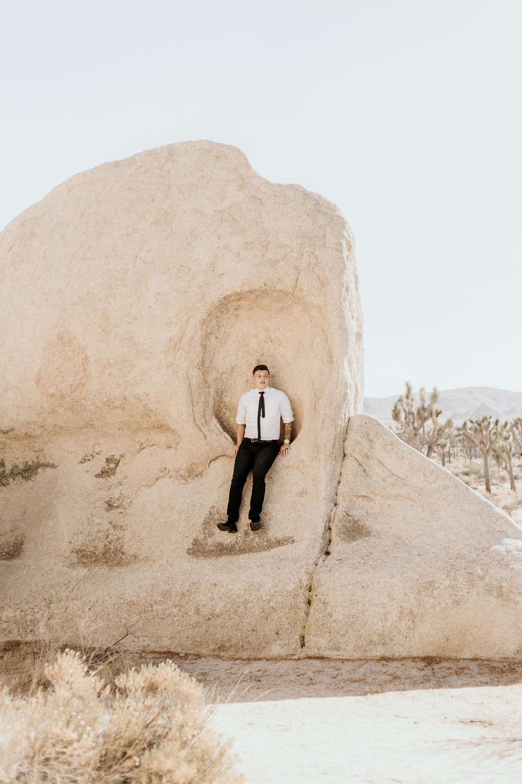 intimate-wedding-elopement-photographer-ottawa-joshua-tree-0501.jpg