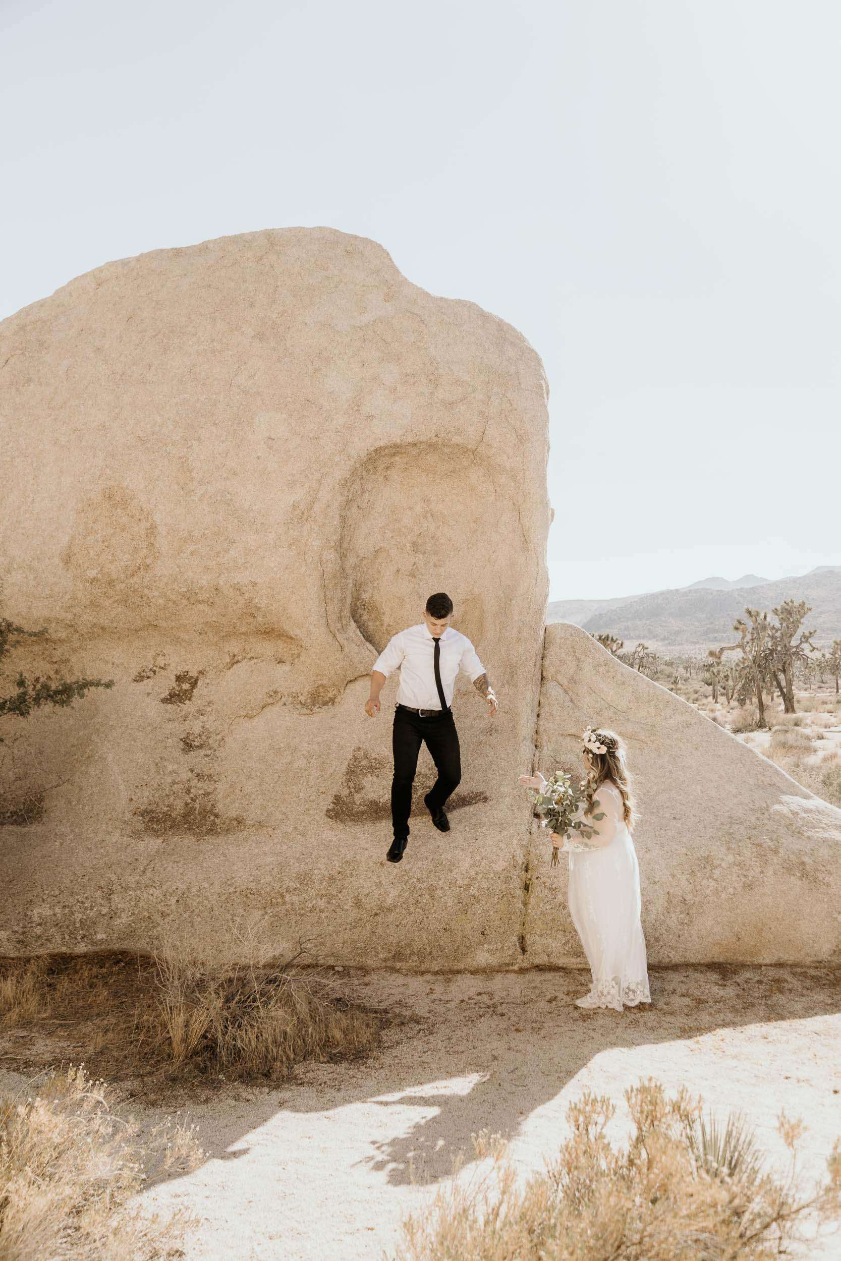 intimate-wedding-elopement-photographer-ottawa-joshua-tree-0523.jpg