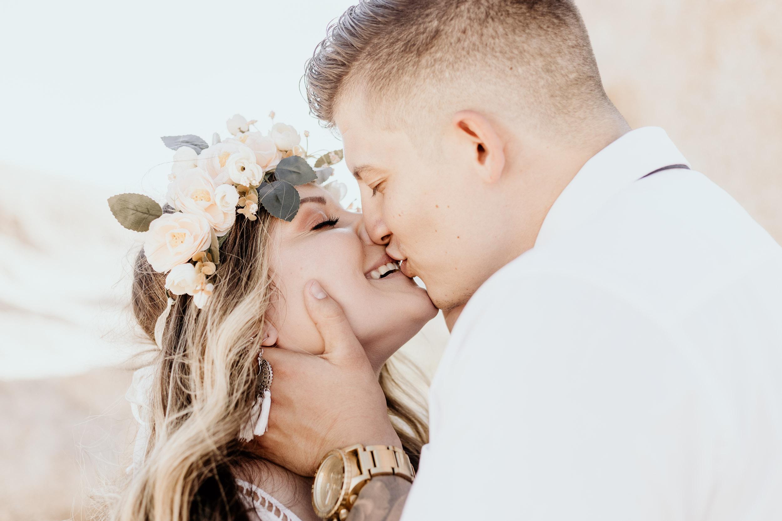 intimate-wedding-elopement-photographer-ottawa-joshua-tree-0582.jpg