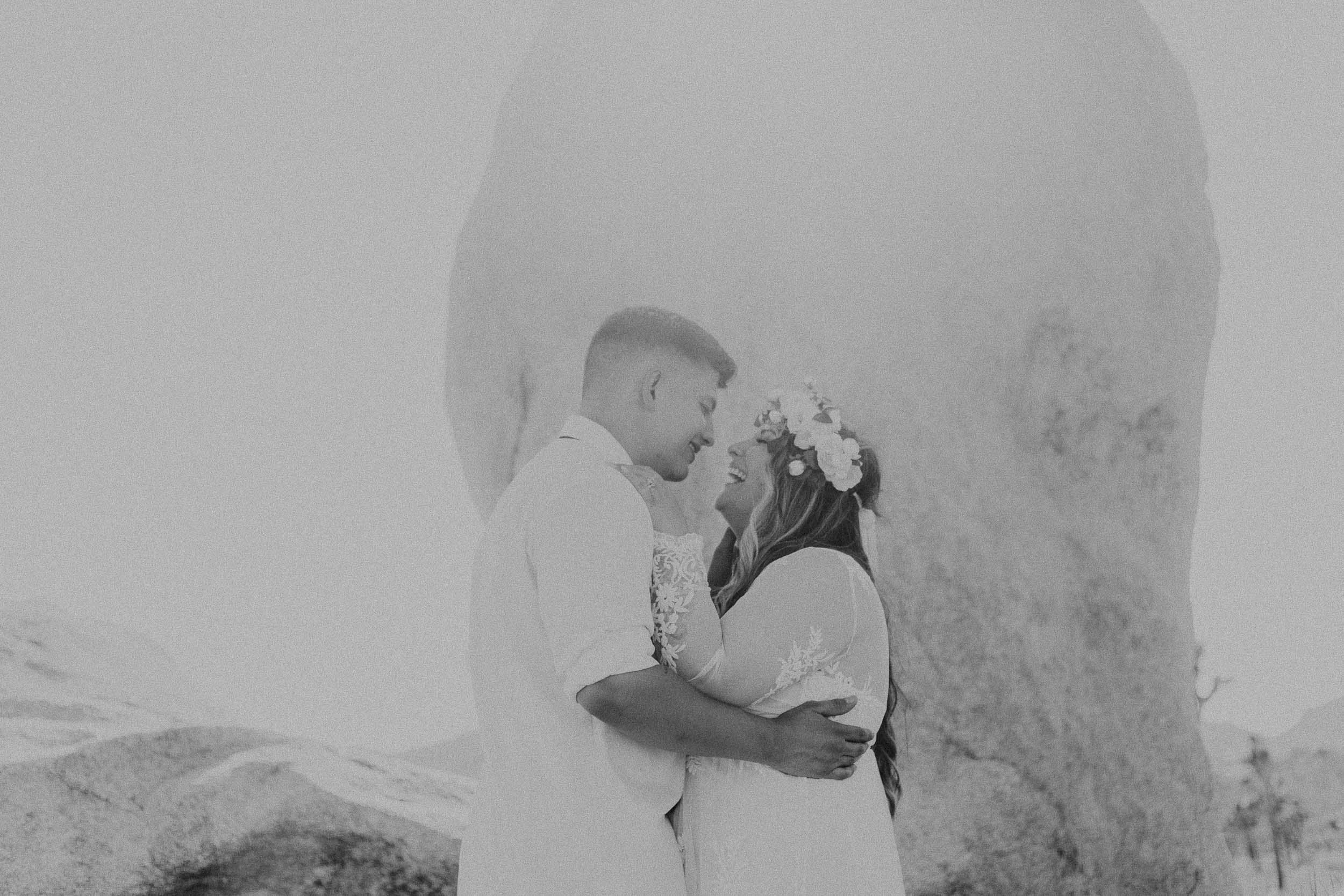 intimate-wedding-elopement-photographer-ottawa-joshua-tree-0632.jpg