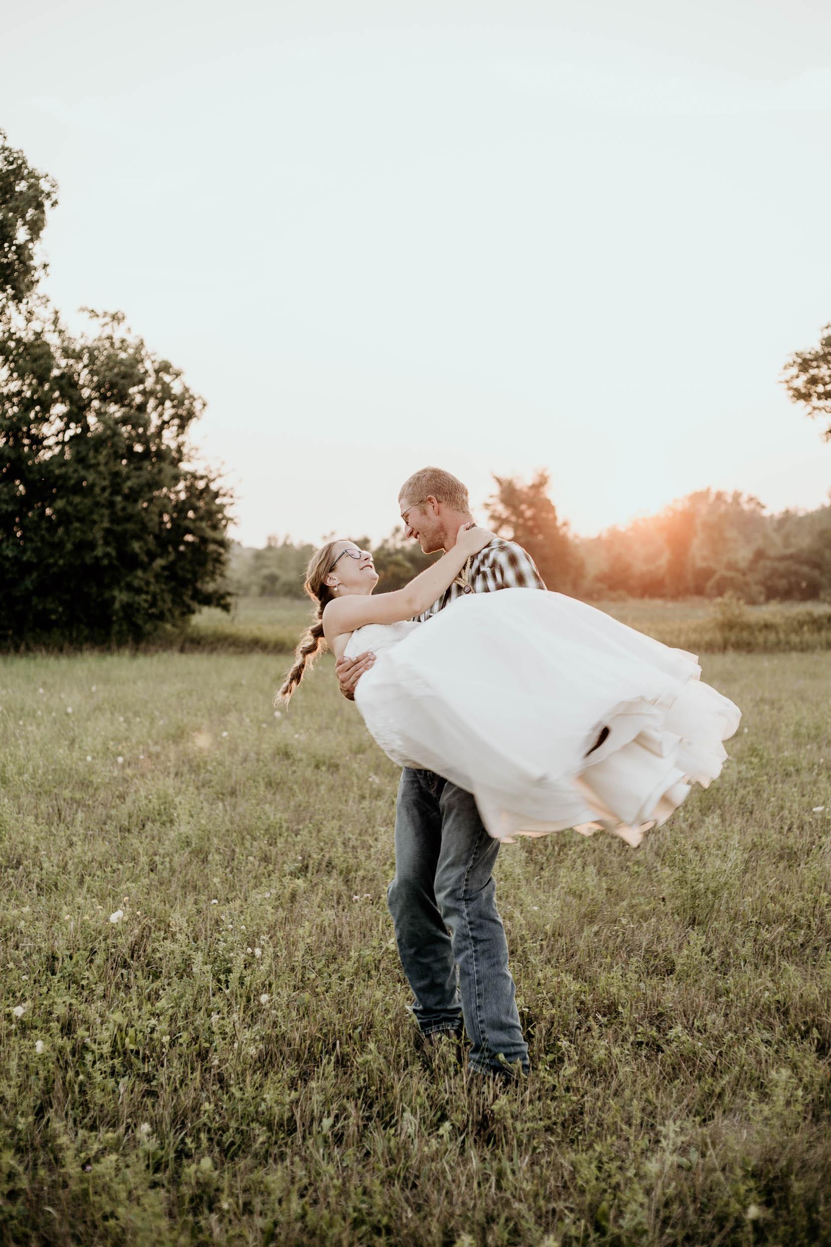 intimate-wedding-elopement-photographer-ottawa-joshua-tree-3082.jpg