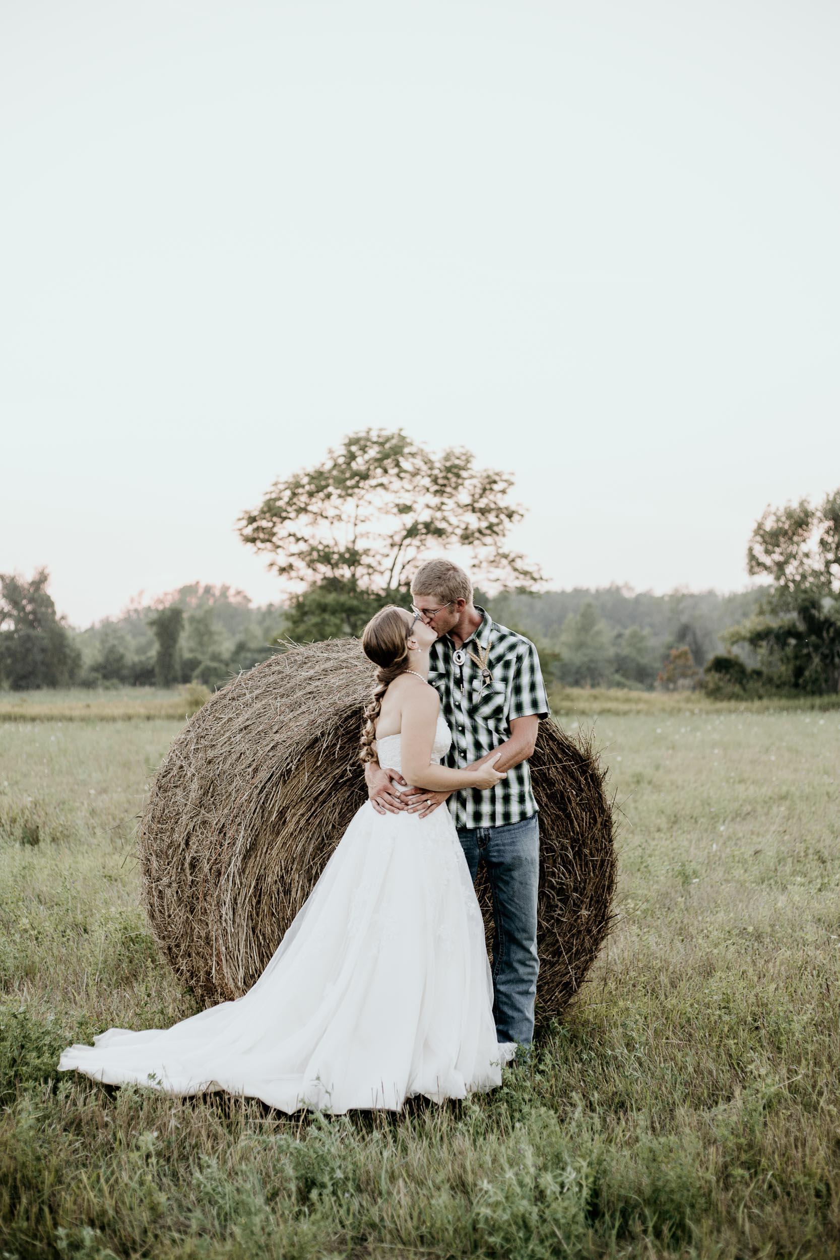 intimate-wedding-elopement-photographer-ottawa-joshua-tree-3171.jpg