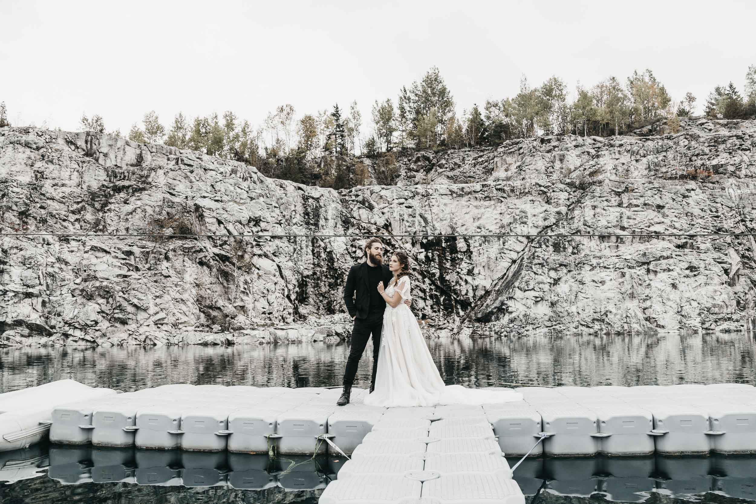intimate-wedding-elopement-photographer-ottawa-toronto-9929.jpg