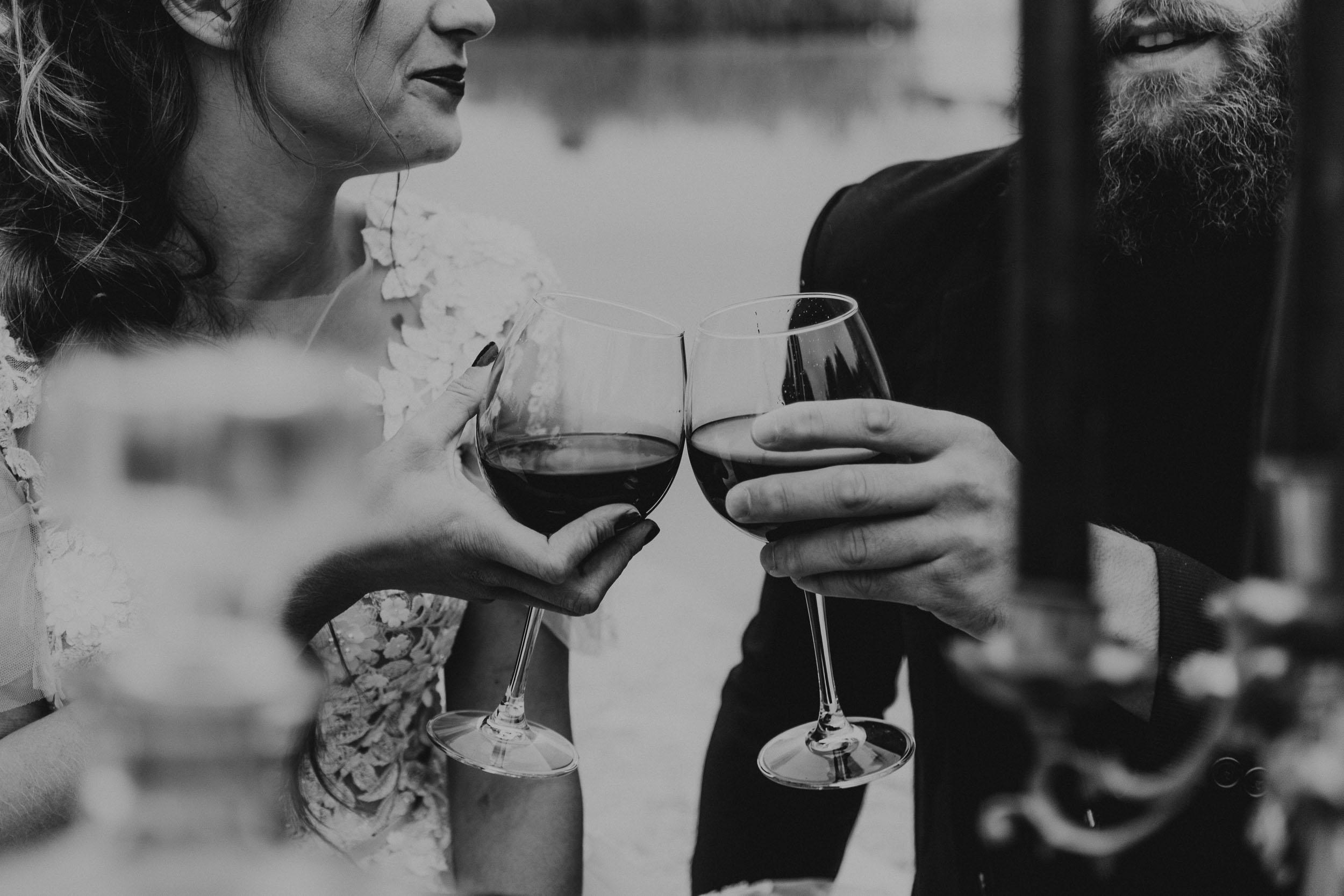 intimate-wedding-elopement-photographer-ottawa-toronto-0722.jpg