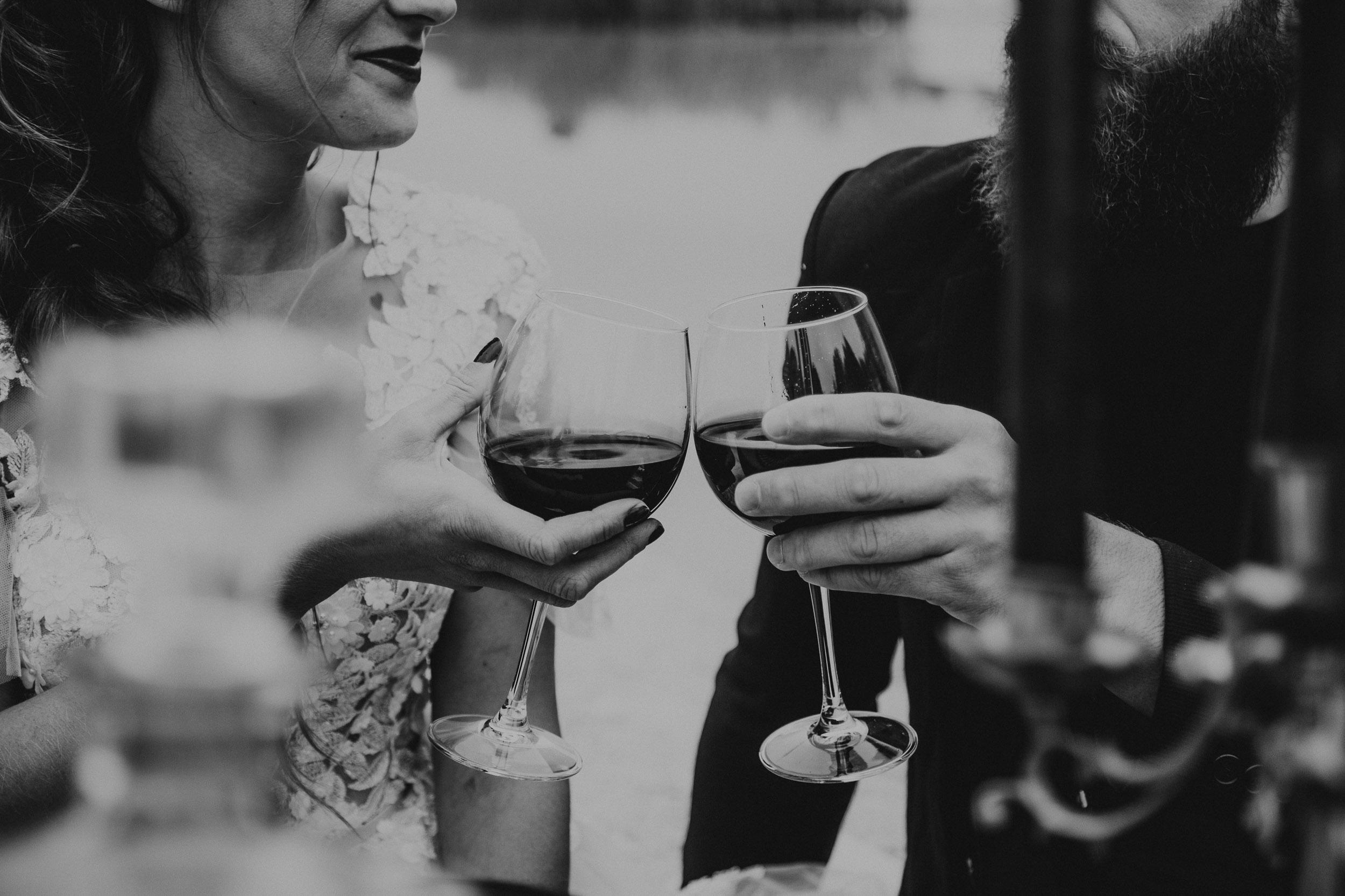intimate-wedding-elopement-photographer-ottawa-toronto-0723.jpg